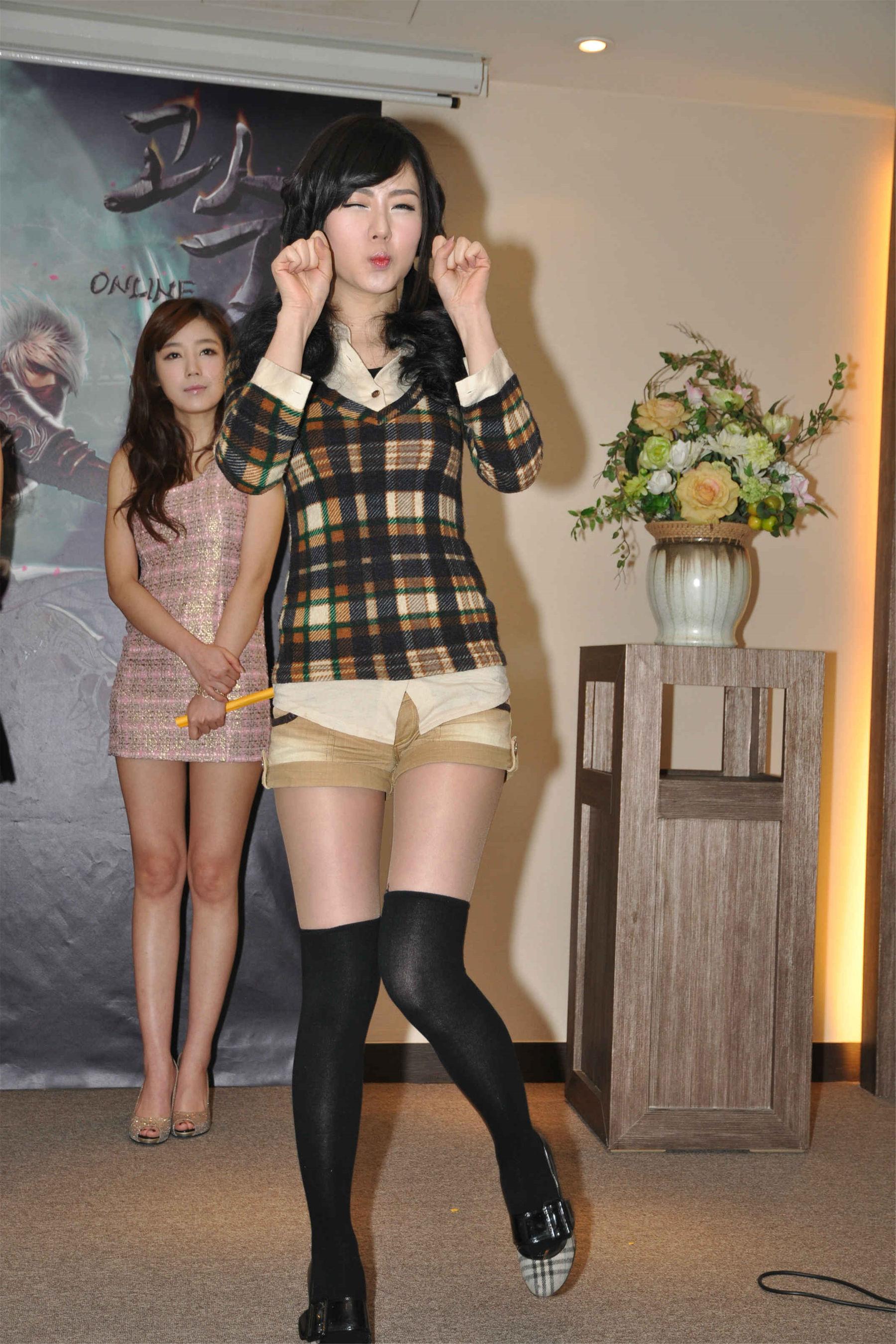VOL.493 黄美姬《某活动晚宴卖萌》超高清写真图片