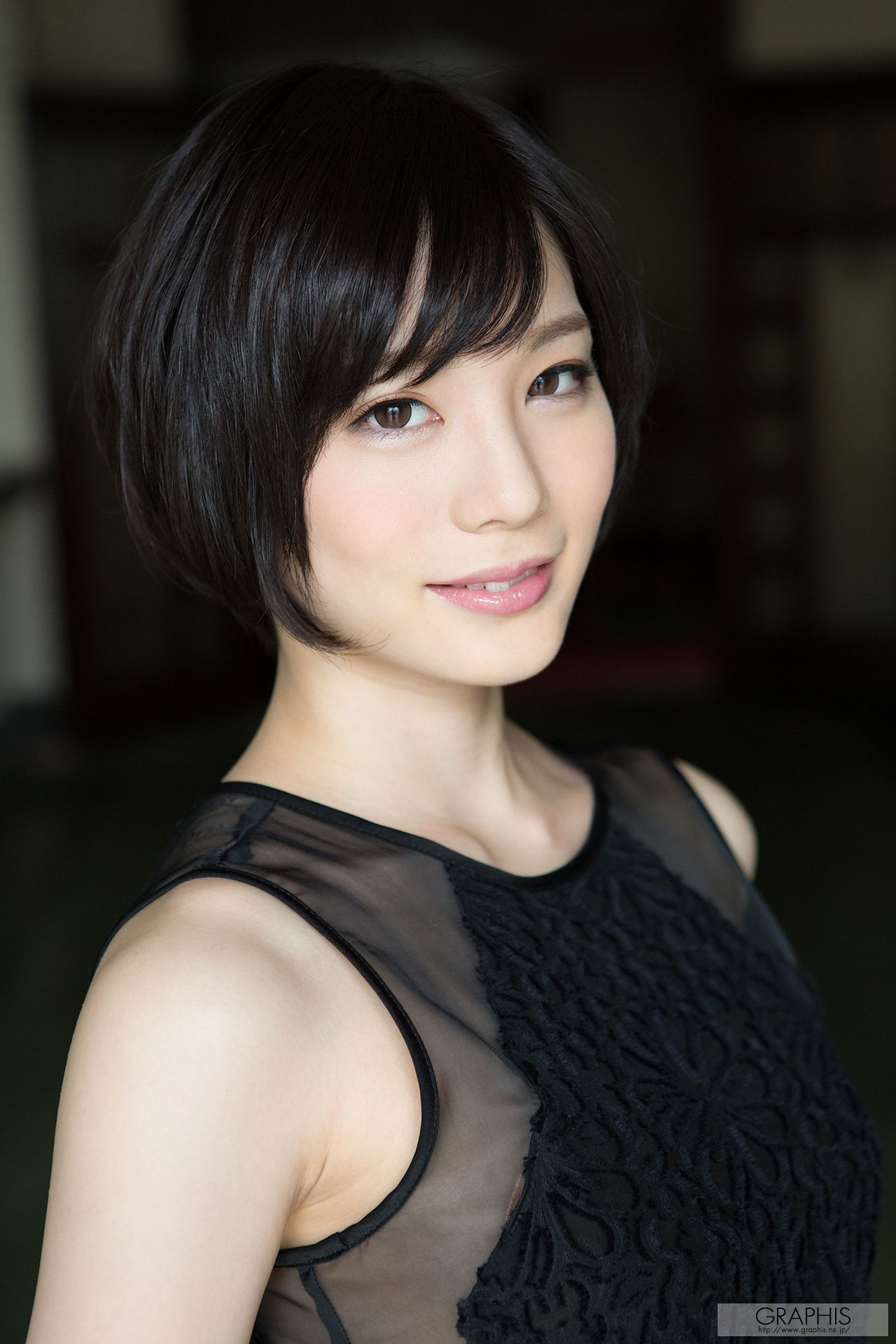 VOL.986 [Graphis]女艺人轻熟女:铃村爱里(鈴村あいり)超高清写真套图(64P)