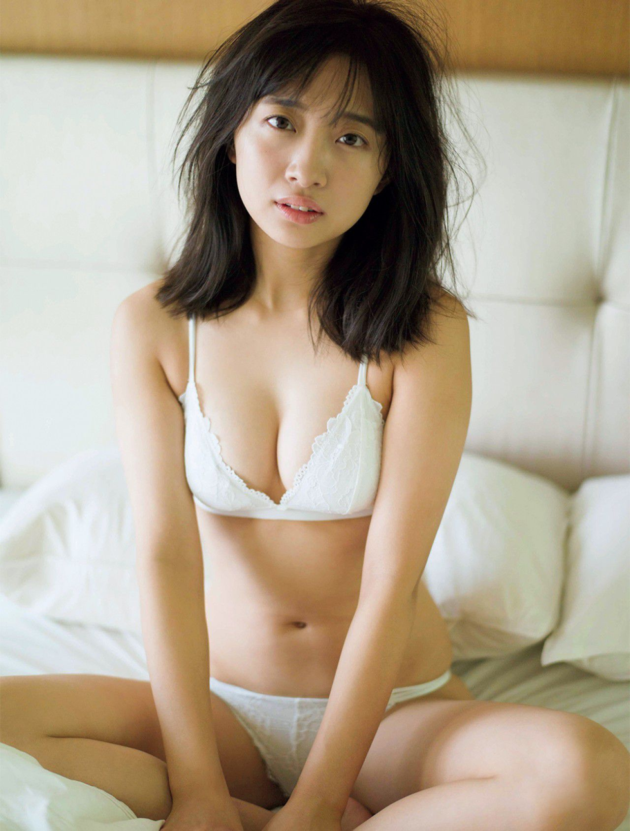 VOL.164 [FRIDAY]阳光沙滩美女:渡边幸爱(渡邉幸愛)超高清写真套图(7P)