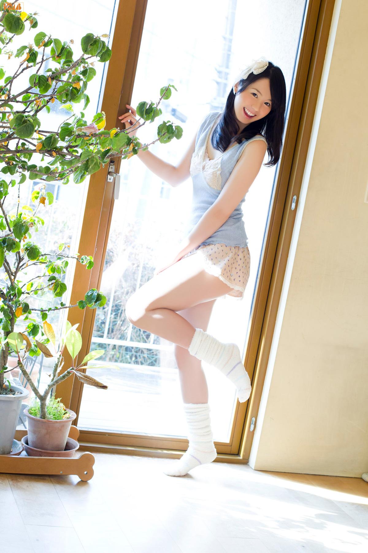 VOL.671 [Bomb.TV]可爱清纯甜美美少女居家美女正妹日本萌妹子:小池里奈超高清写真套图(66P)