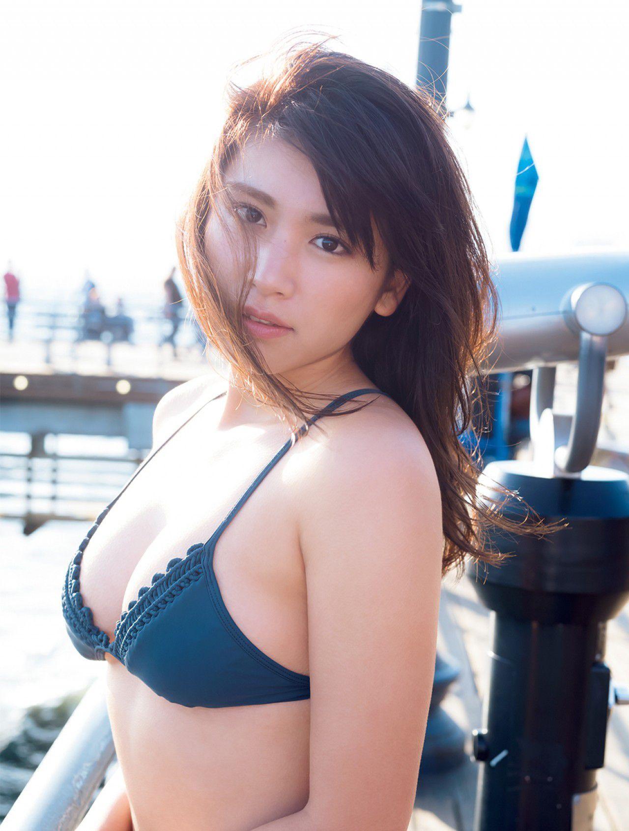 VOL.439 [FRIDAY]大胸日本萌妹子:久松郁实(久松郁実)超高清写真套图(14P)