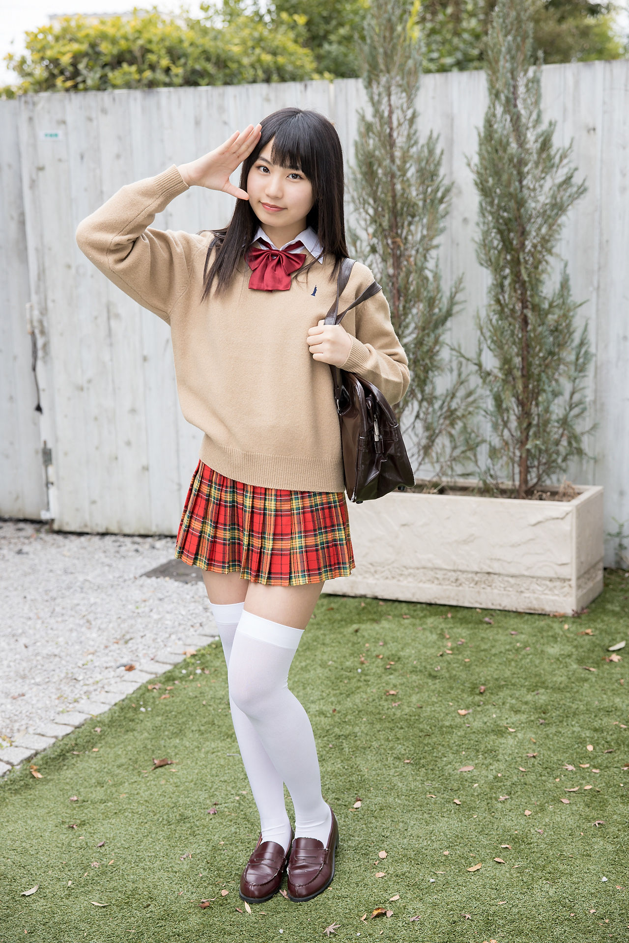 VOL.621 [Minisuka.tv]校服清纯少女:宫丸くるみ(宮丸くるみ)超高清写真套图(50P)