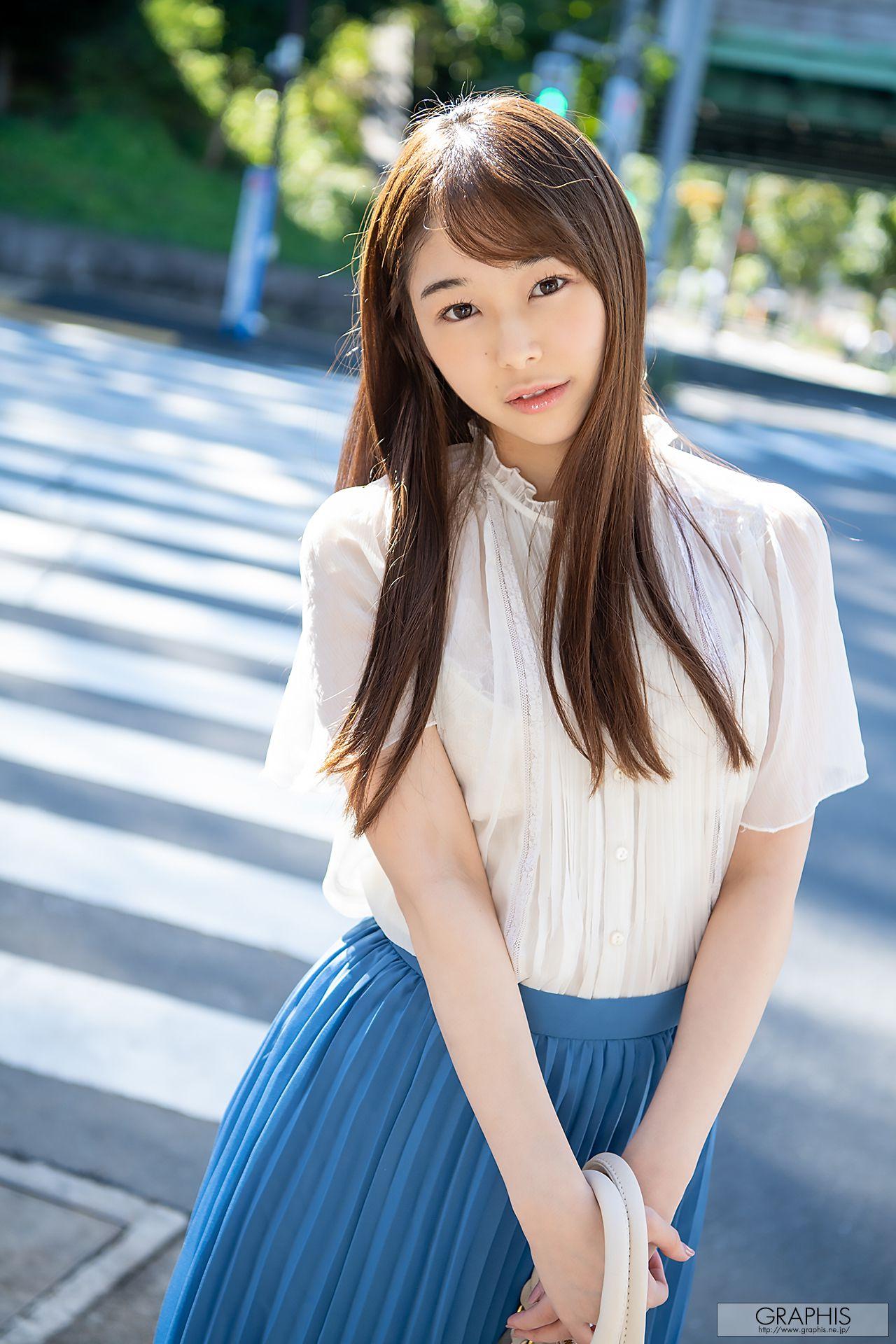 VOL.26 [Graphis]甜美日本萌妹子女艺人:新名爱明(新名あみん)超高清写真套图(73P)