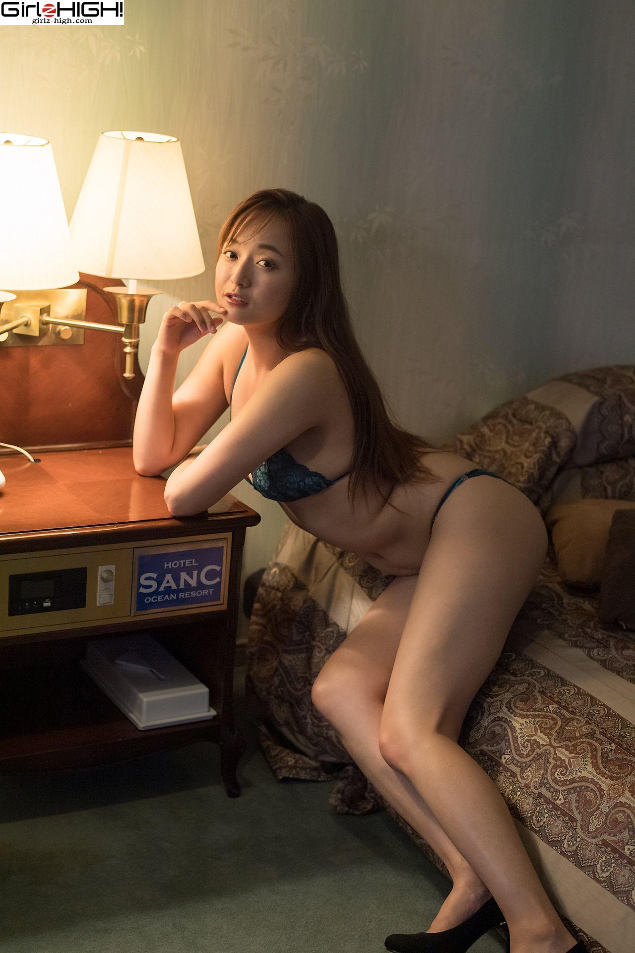 VOL.929 [Girlz-High]私房诱惑内衣美女:山中真由美超高清写真套图(39P)