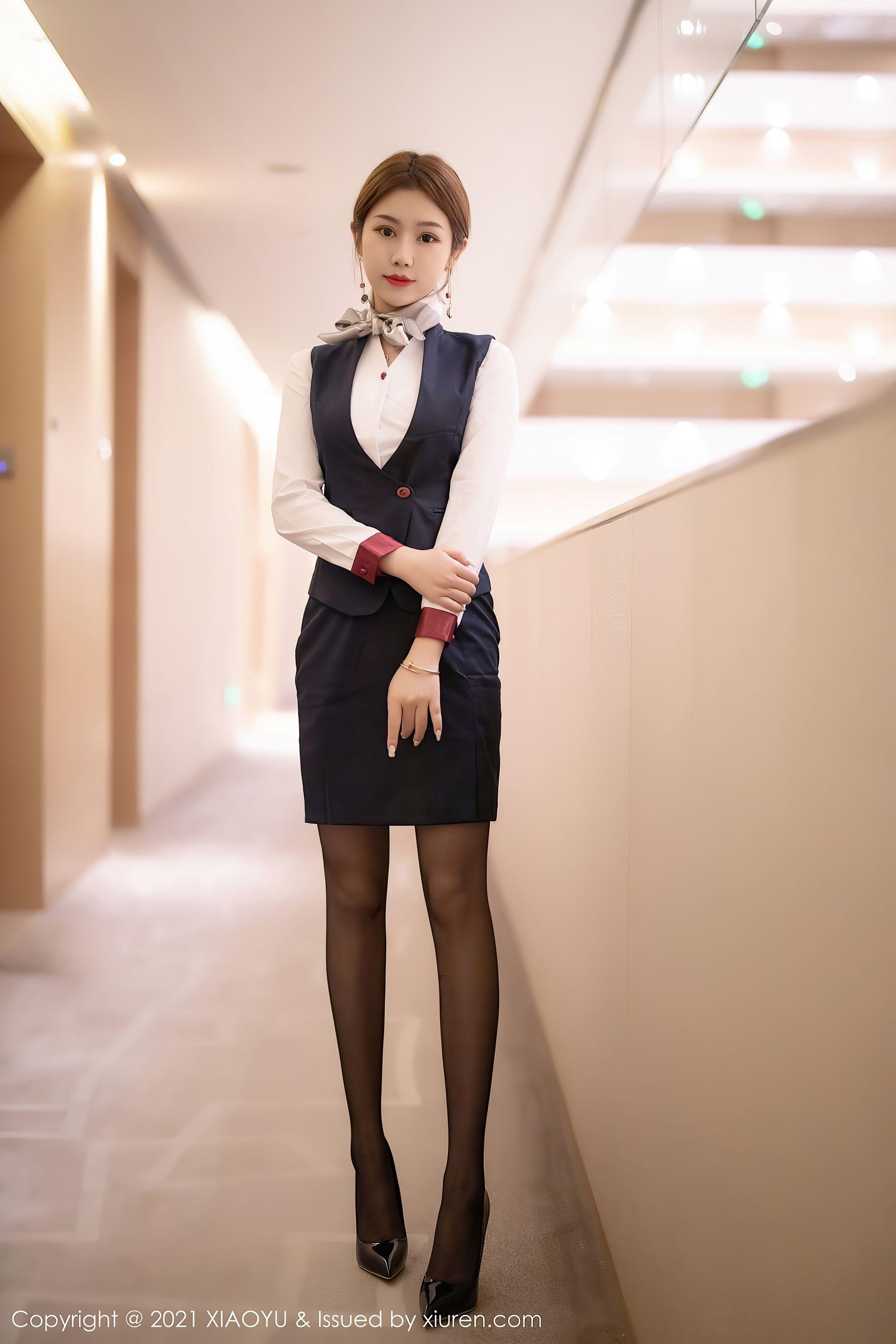 VOL.1877 [语画界]空姐制服黑丝制服:梦梵(模特梦梵)高品质写真套图(77P)