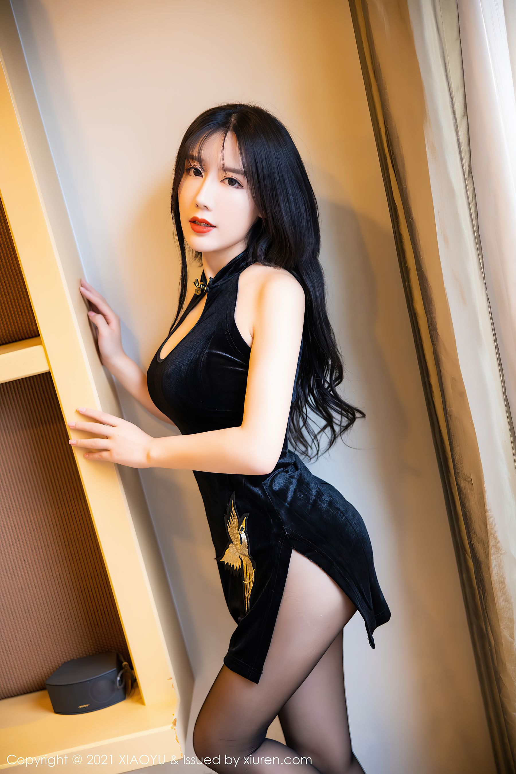 VOL.1758 [语画界]黑丝美腿黑丝制服:陈梦babe(尤果陈梦)超高清写真套图(100P)