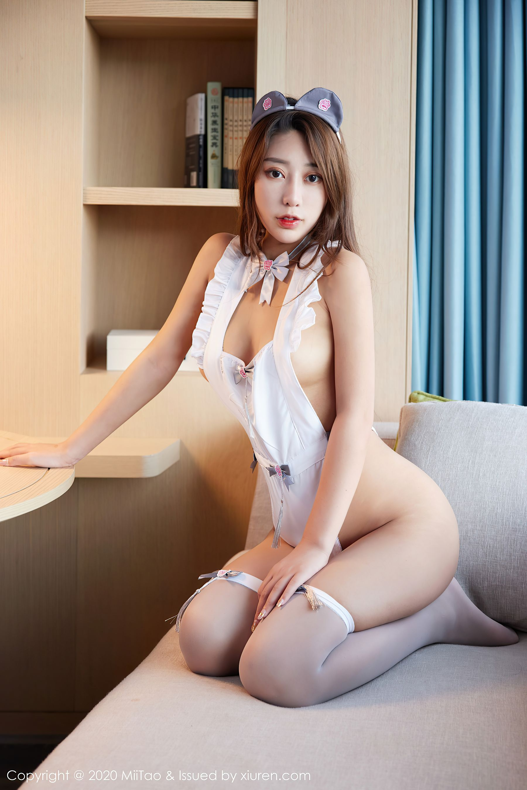VOL.1758 [蜜桃社]福利情趣内衣:优米Yumi高品质写真套图(29P)