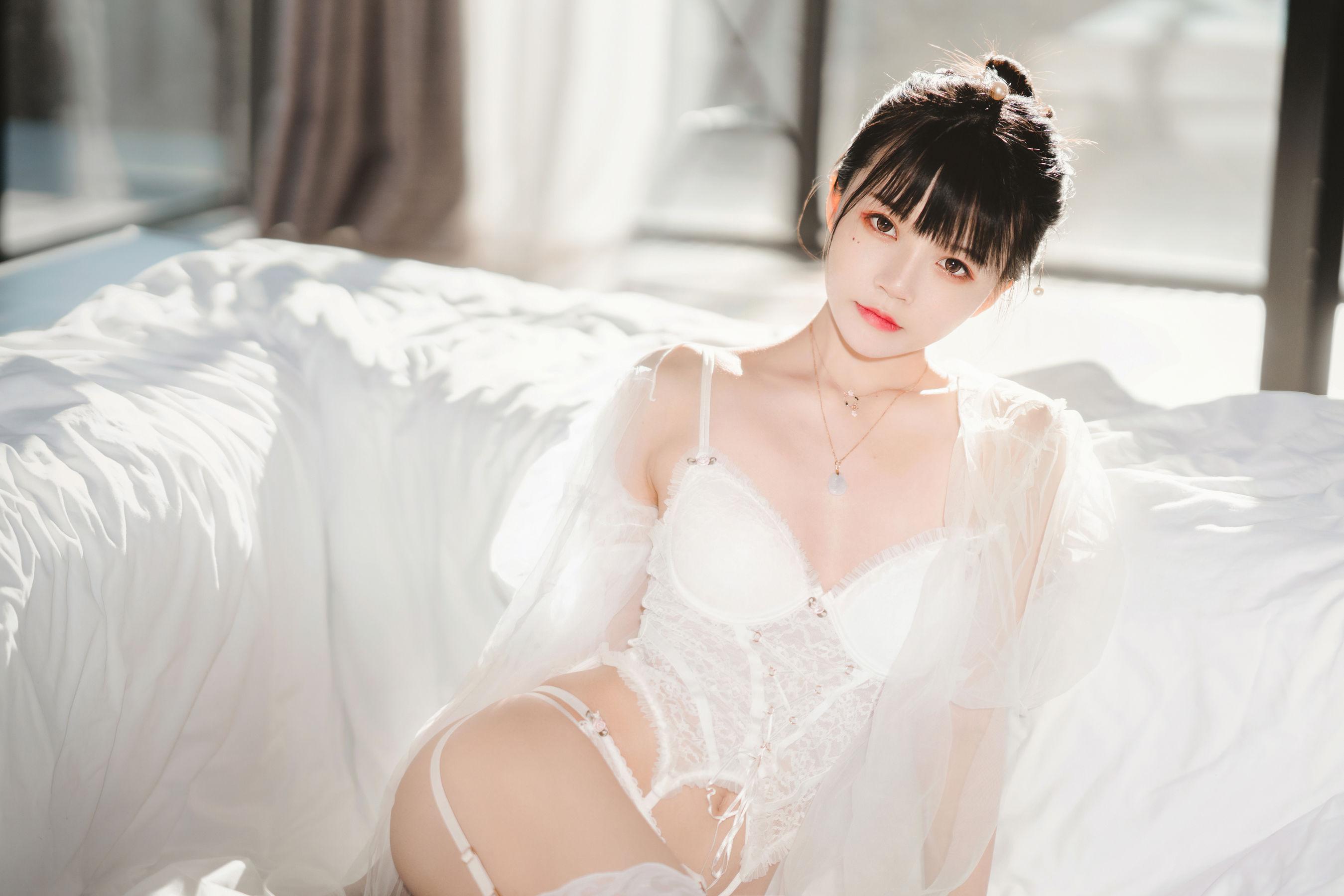 VOL.382 [网络美女]薄纱美女性感少女:桜桃喵超高清写真套图(34P)