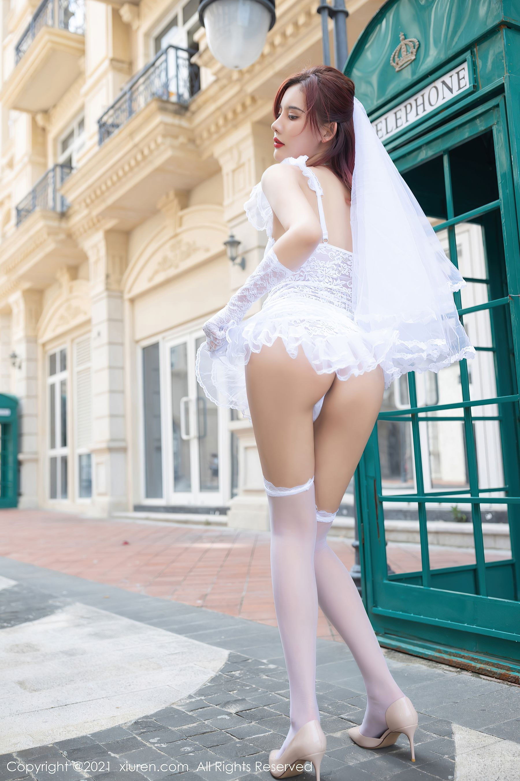 VOL.1307 [秀人网]街拍婚纱:阿朱(就是阿朱啊)超高清写真套图(62P)