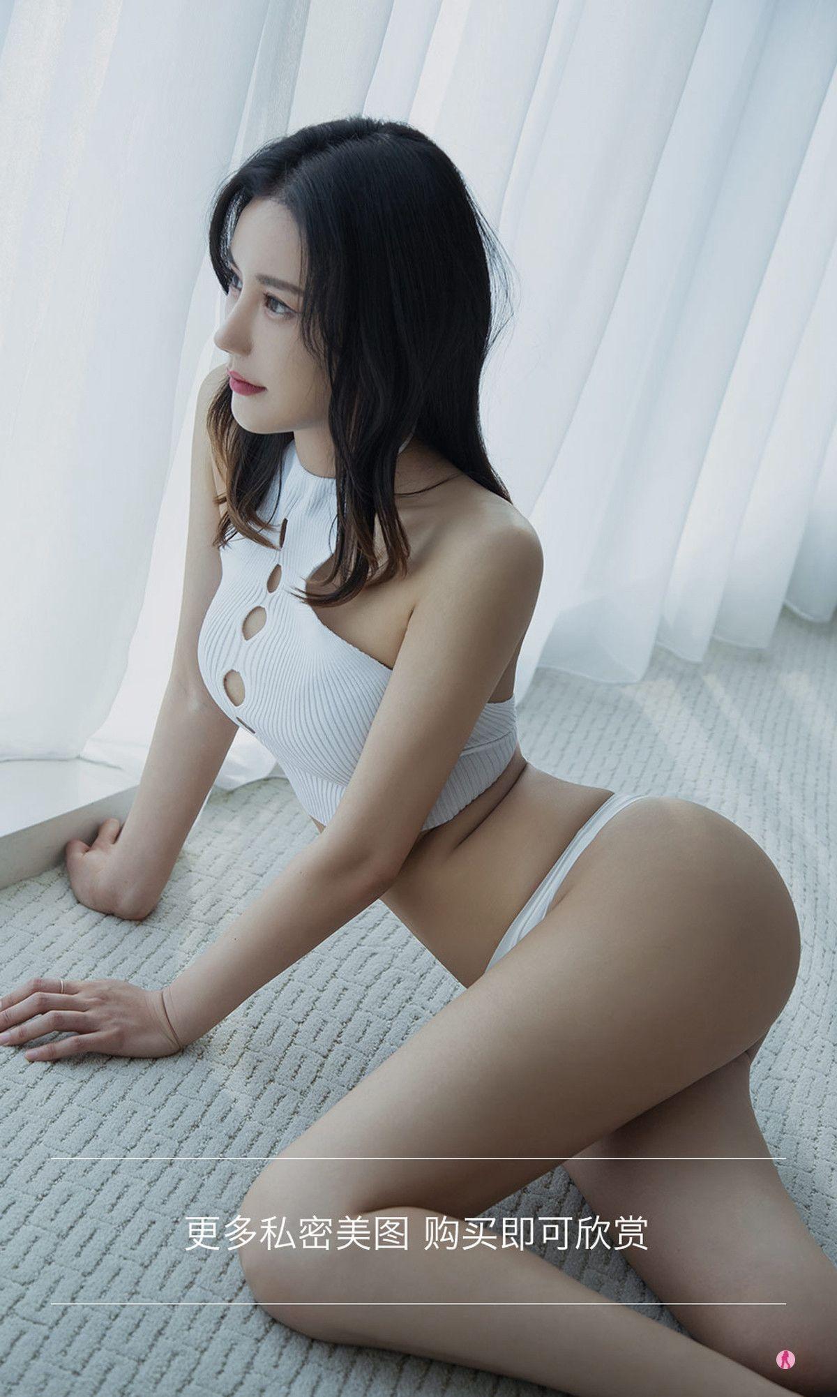 VOL.1612 [尤果圈爱尤物]轻熟女:于暖暖超高清写真套图(35P)