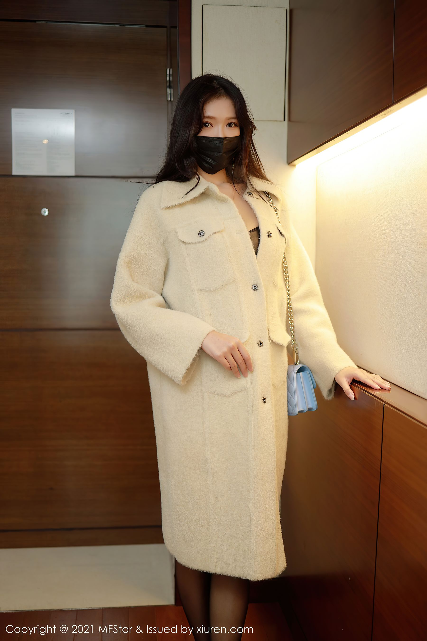 VOL.1900 [模范学院]丝袜少妇:小娜比(模特小娜比)超高清写真套图(44P)
