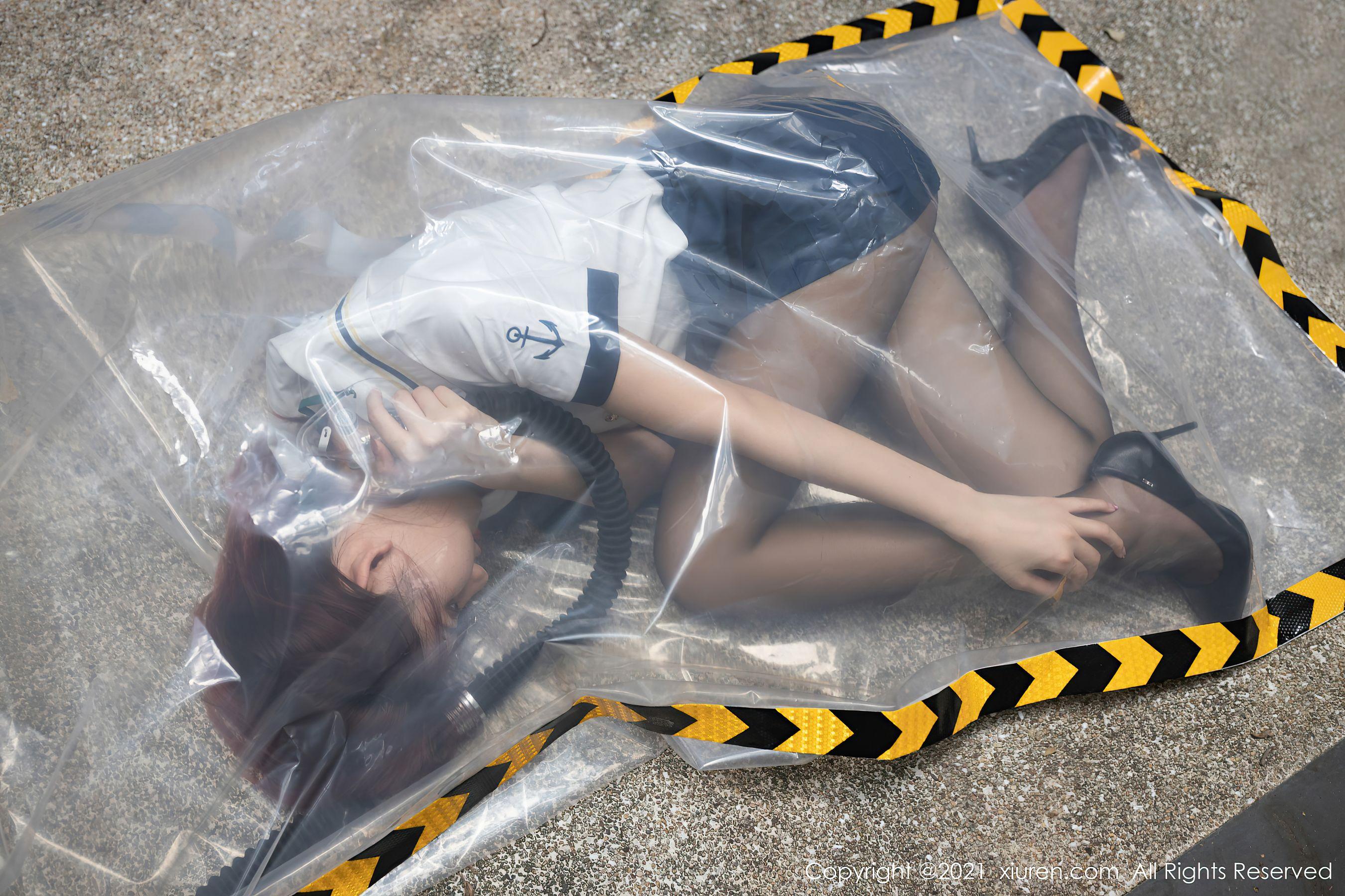 VOL.1833 [秀人网]人体艺术大尺度丝袜人体:阿朱(就是阿朱啊)超高清写真套图(64P)