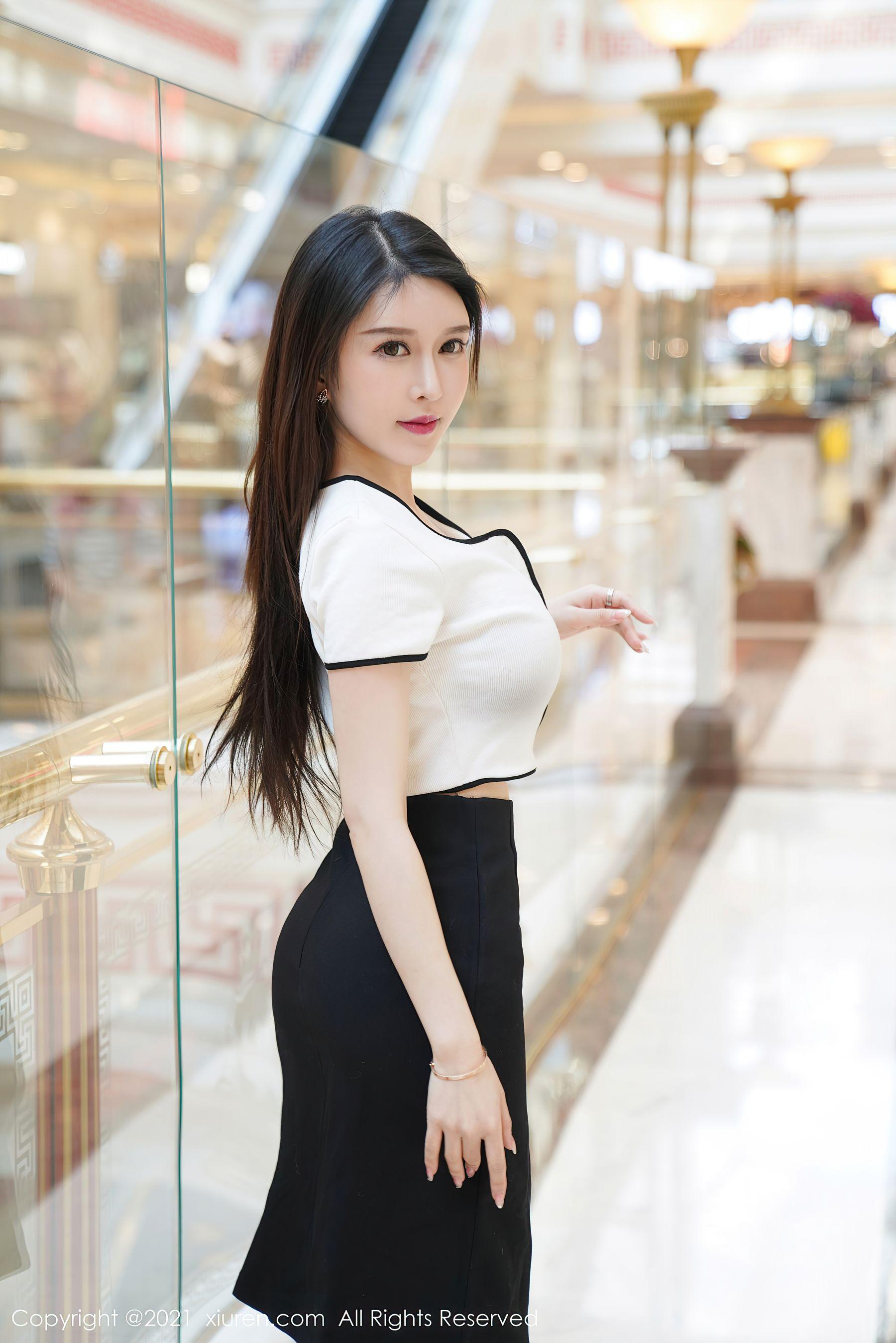 VOL.878 [秀人网]性感女郎风骚:玉兔miki(吴玉)超高清写真套图(70P)