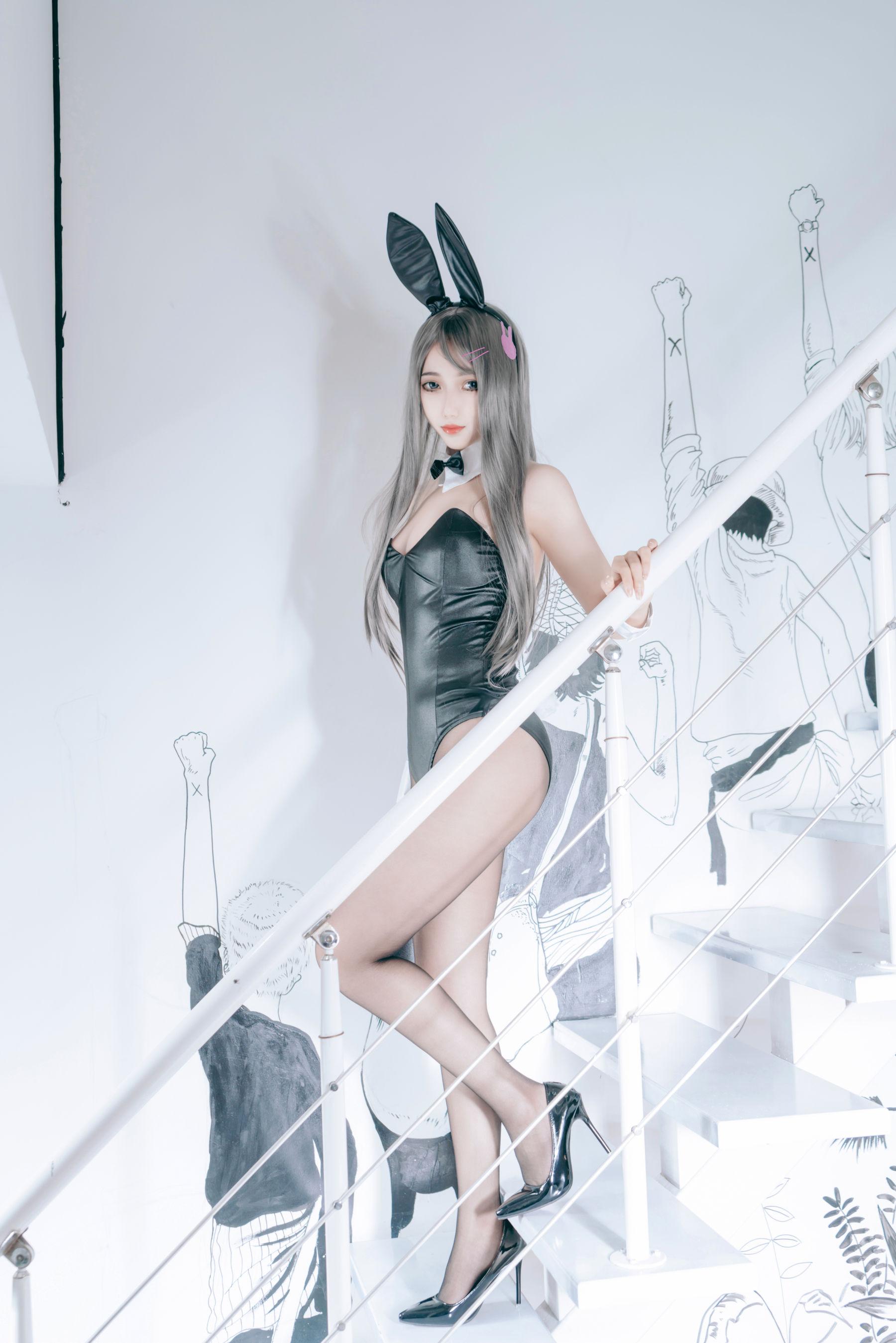 VOL.1883 [网络美女]兔女郎:eloise软软高品质写真套图(53P)