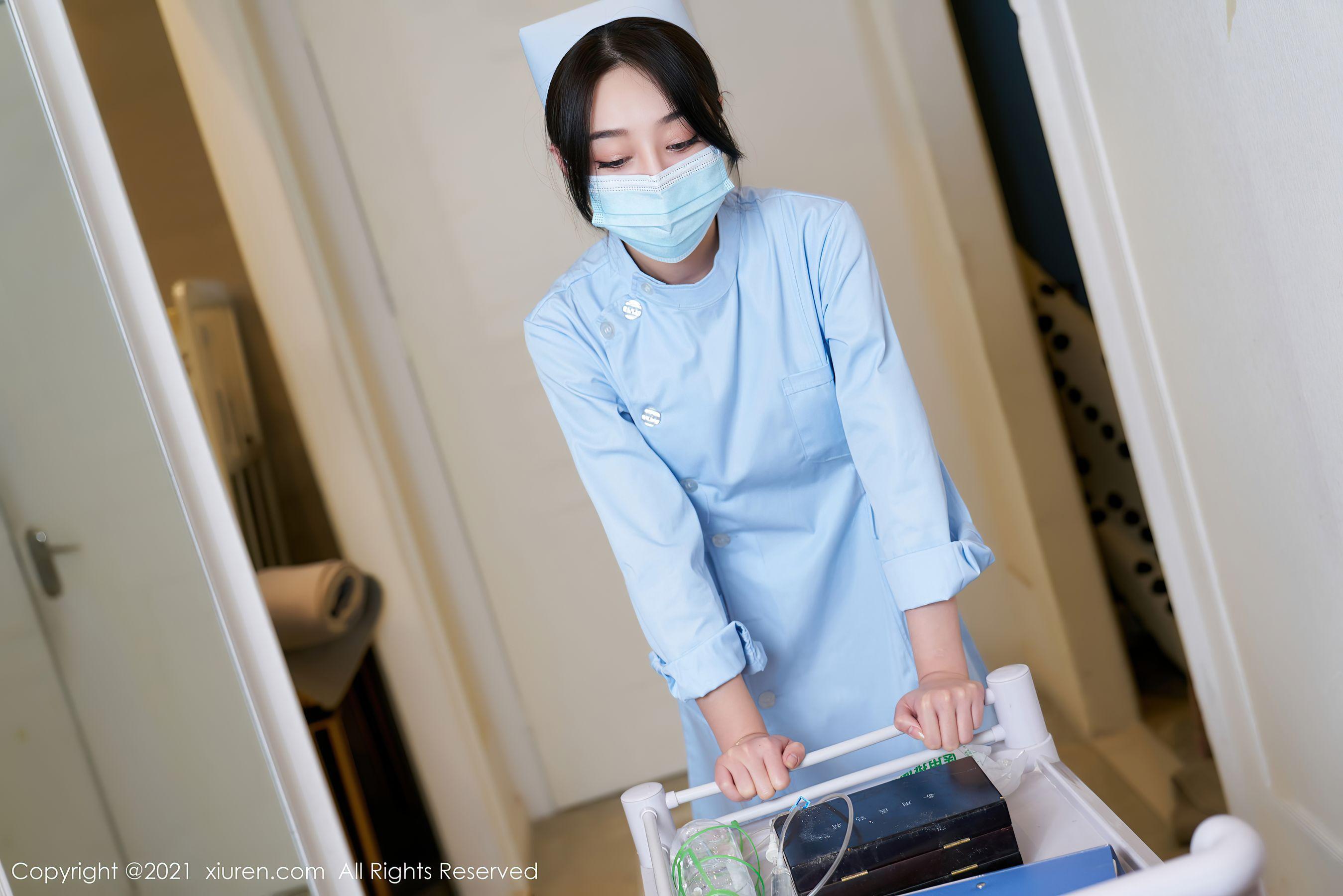 VOL.1576 [秀人网]护士制服制服诱惑美女故事:九月生超高清写真套图(85P)