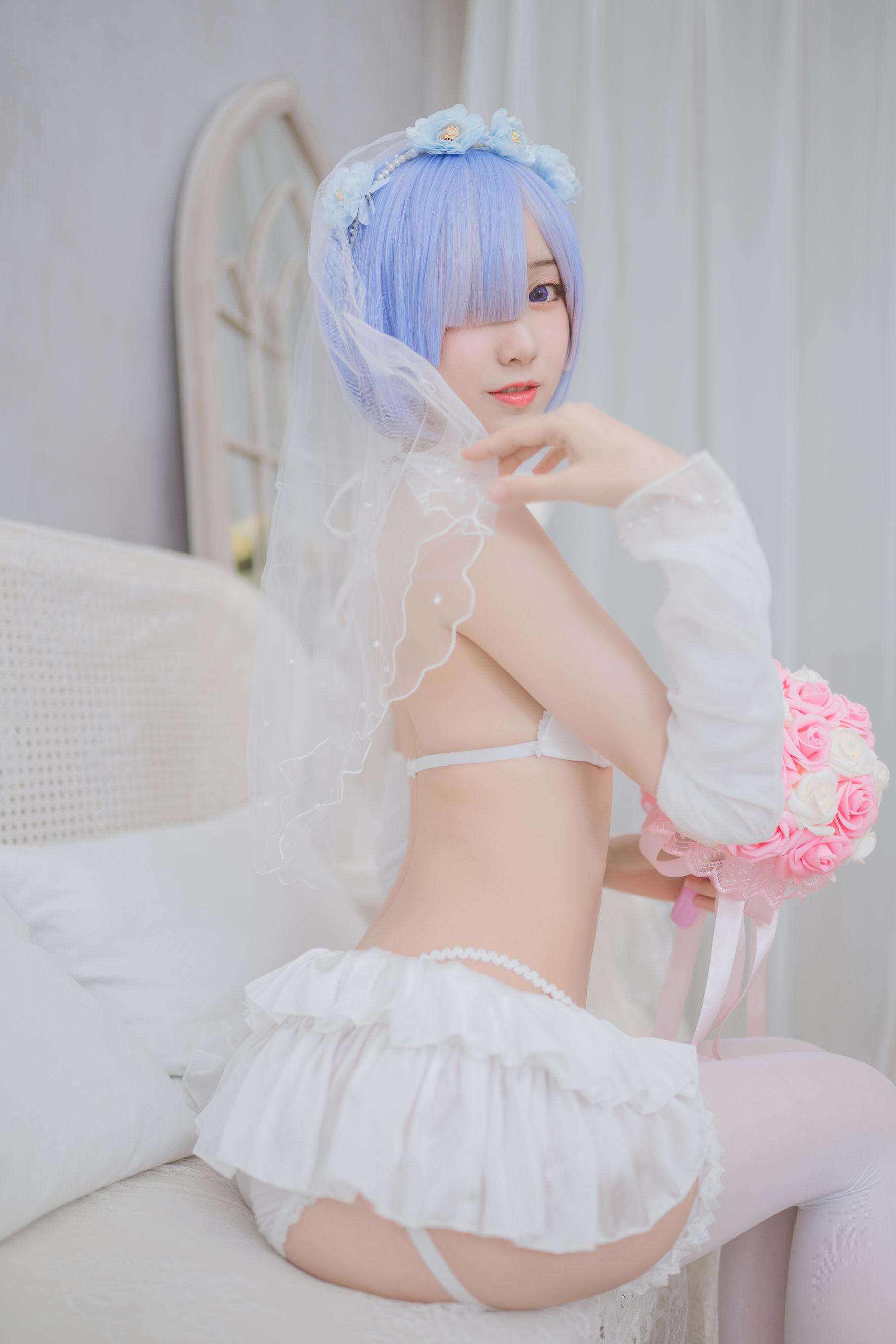 VOL.1430 [网络美女]婚纱:木绵绵超高清写真套图(30P)