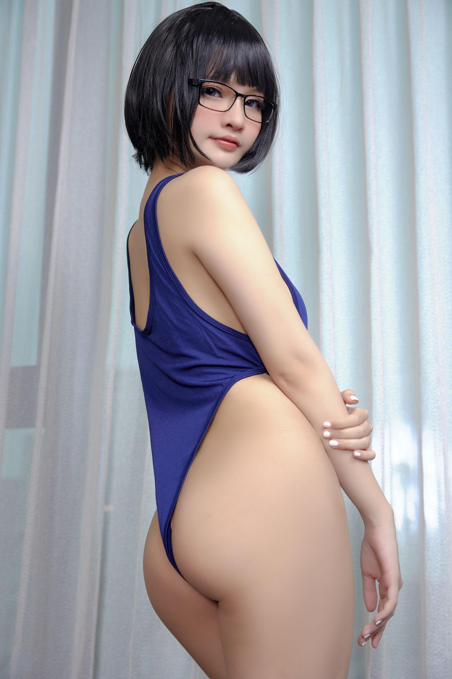 VOL.750 [网络美女]大胸死库水:Azami高品质写真套图(20P)