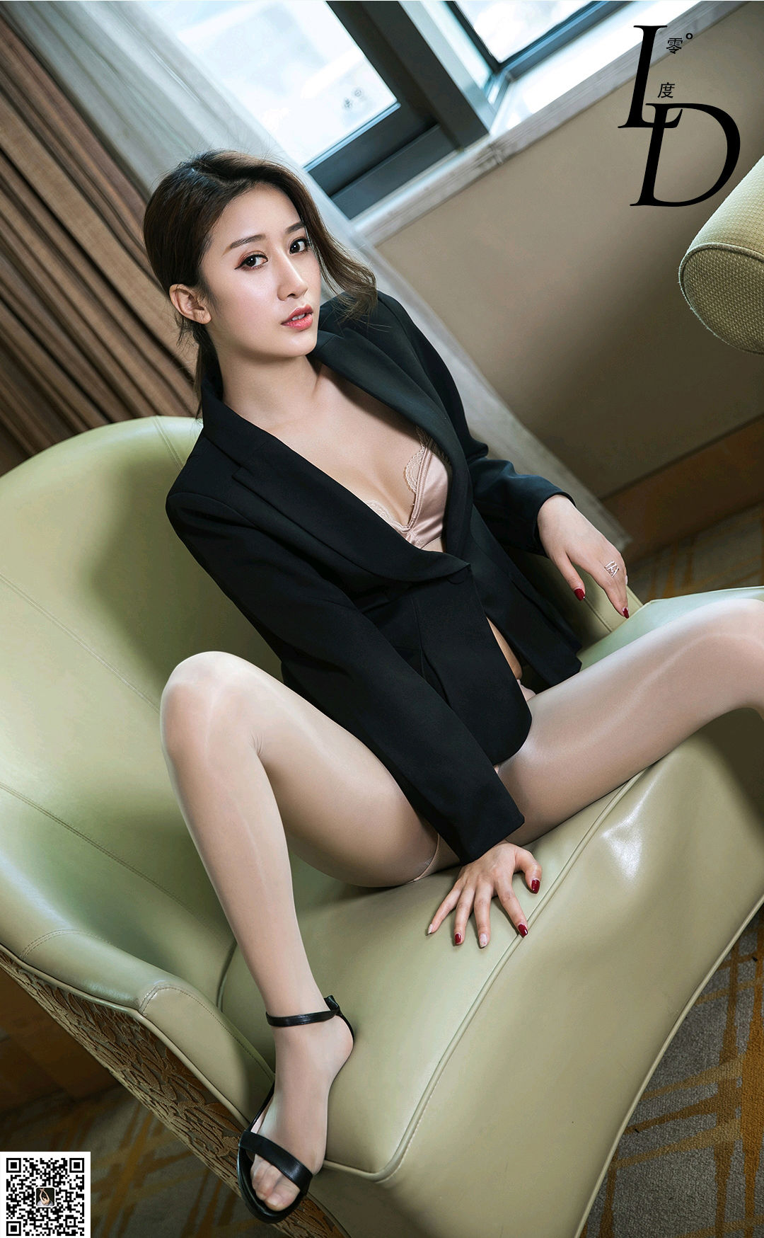 VOL.1091 [LD零度]性感女郎丝袜女郎:小燕子高品质写真套图(53P)