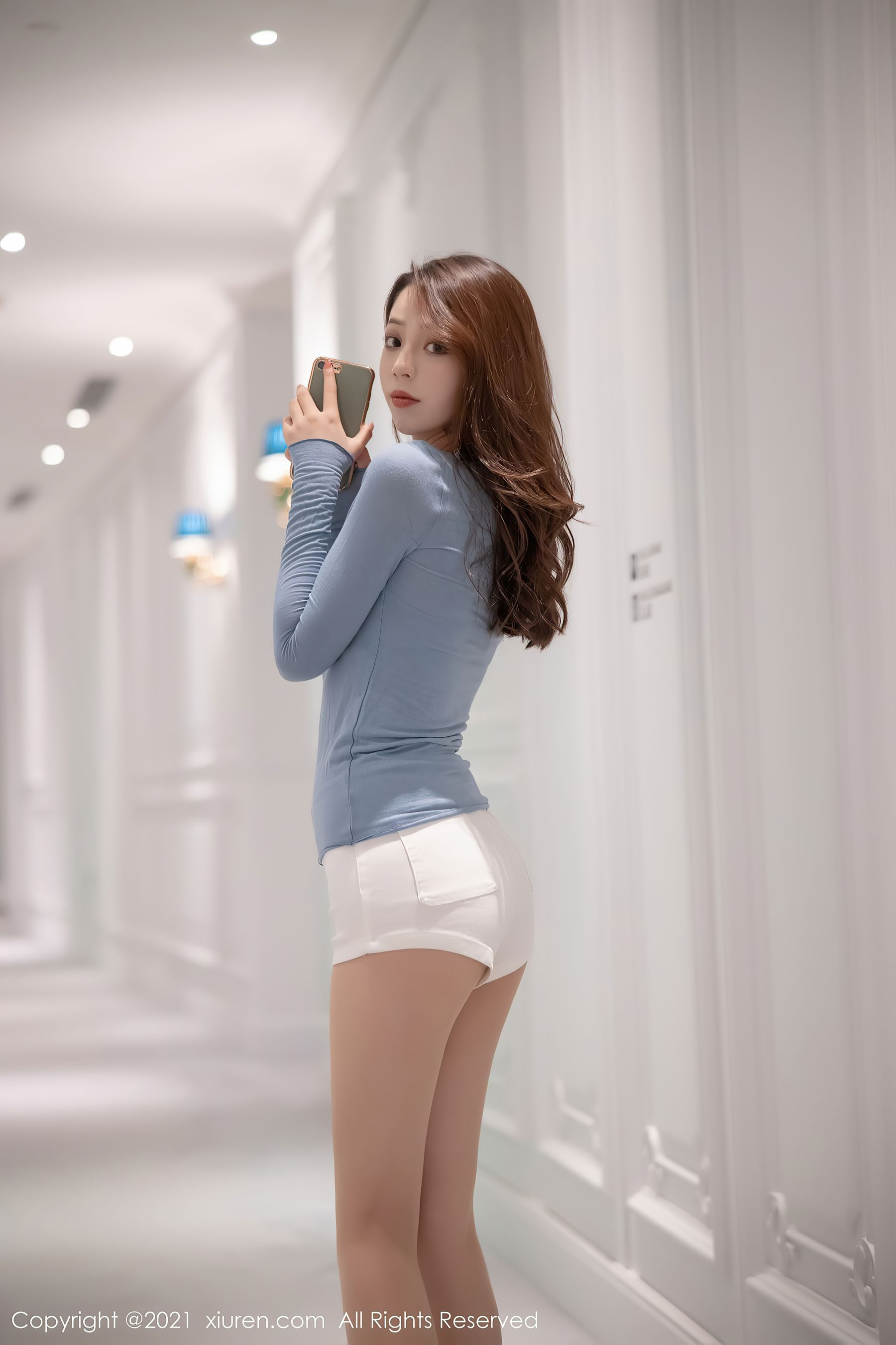 VOL.1550 [秀人网]热裤长腿美女:言沫超高清写真套图(82P)