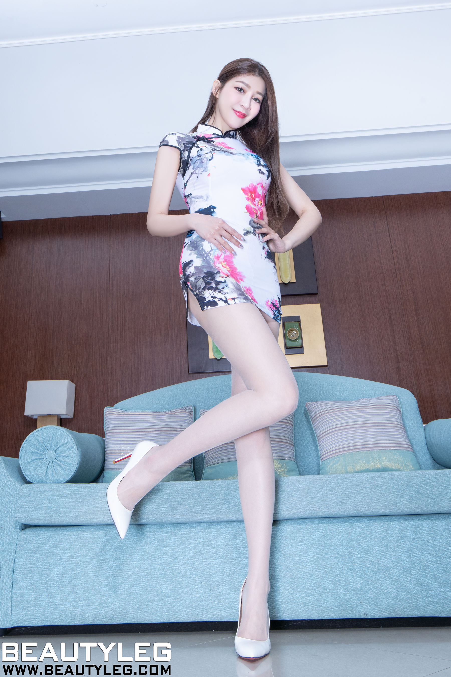 VOL.1514 [Beautyleg]肉丝美腿:腿模Annie(Beautyleg Annie)高品质写真套图(35P)