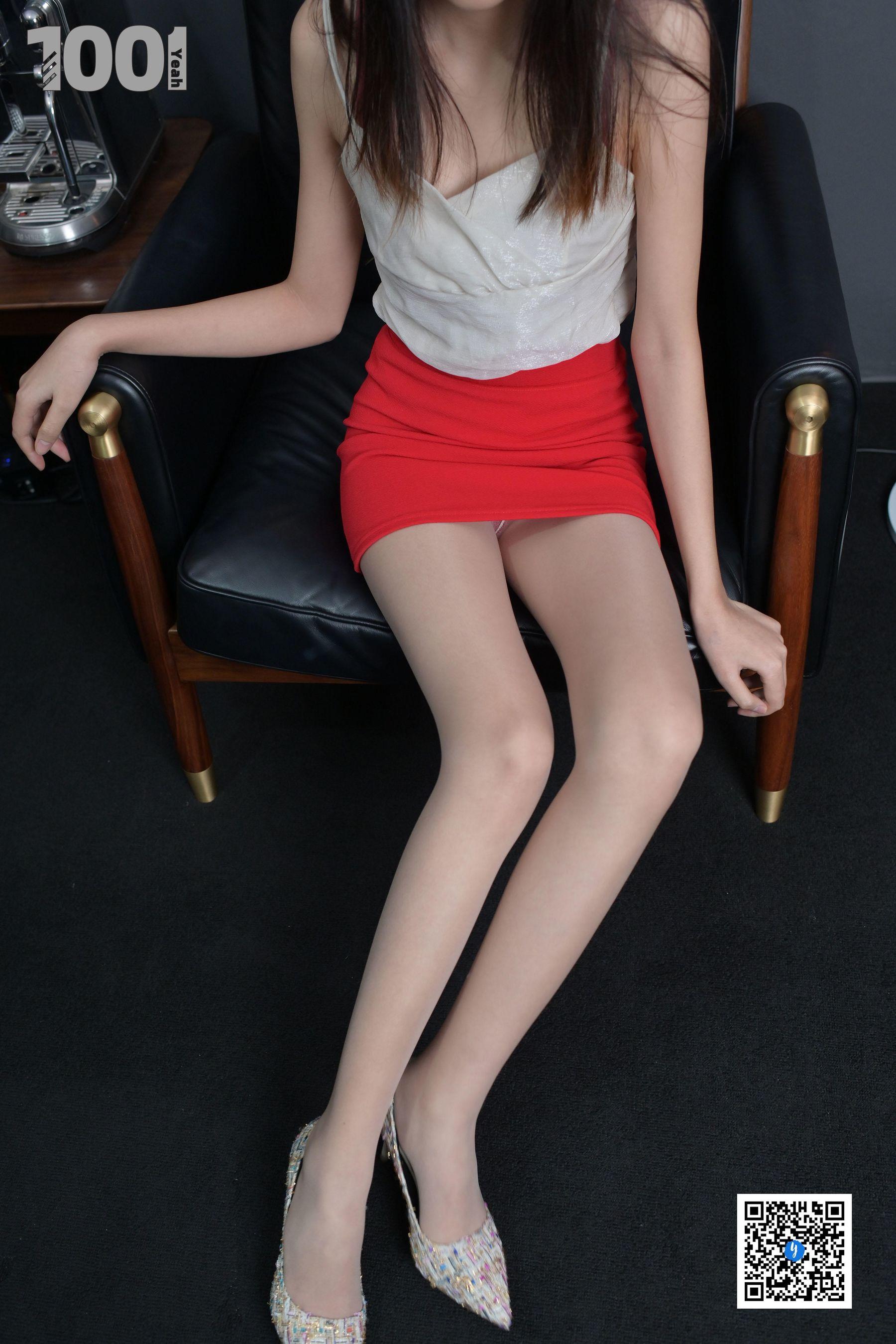 VOL.1032 [异思趣向]肉丝美腿:匿名超高清写真套图(87P)