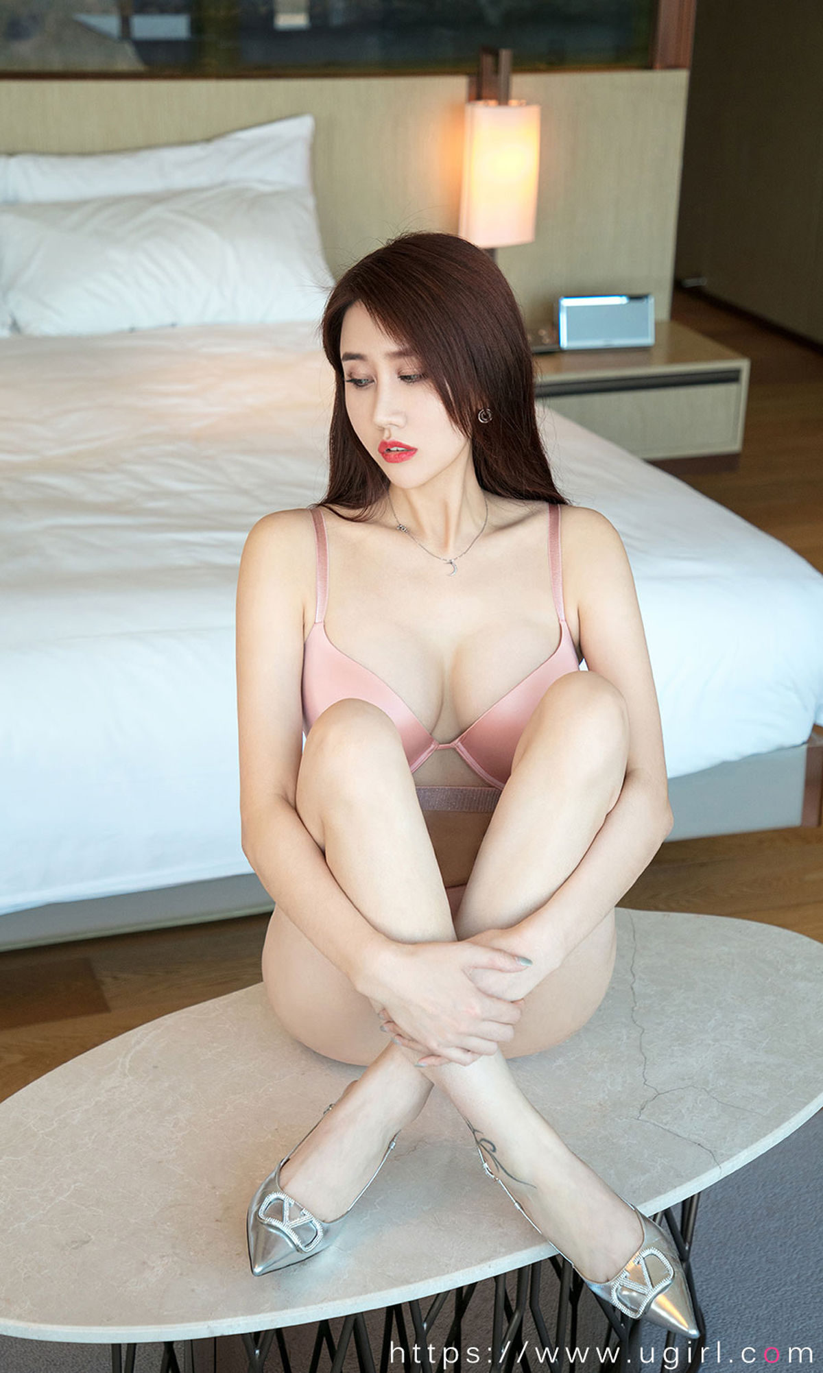 VOL.1145 [尤果圈爱尤物]美胸粉嫩:安晴超高清写真套图(35P)