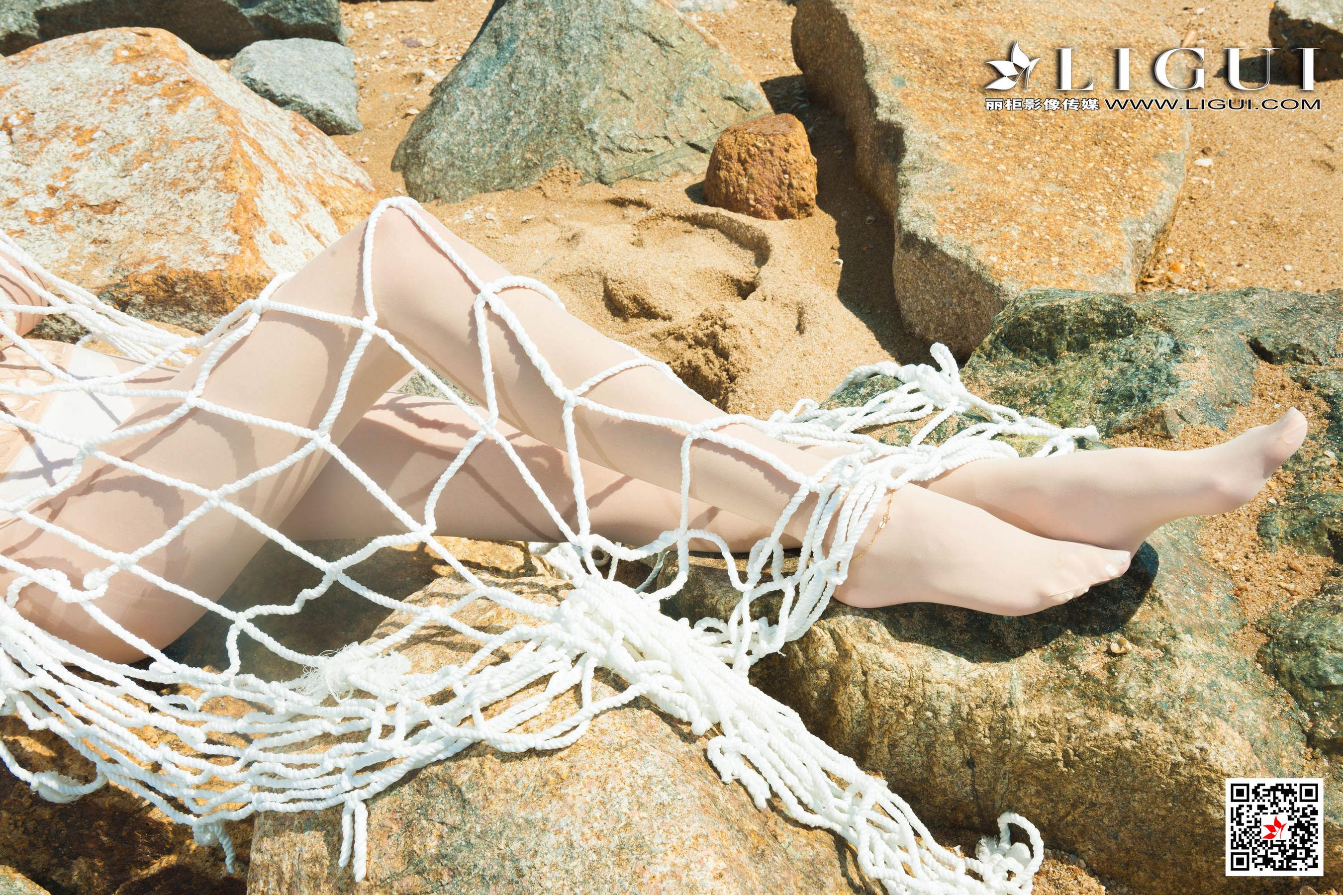 VOL.1472 [丽柜]泳装人体艺术海边美女:丽柜兔子(腿模兔子,足模兔子,LIGUI兔子)超高清写真套图(68P)