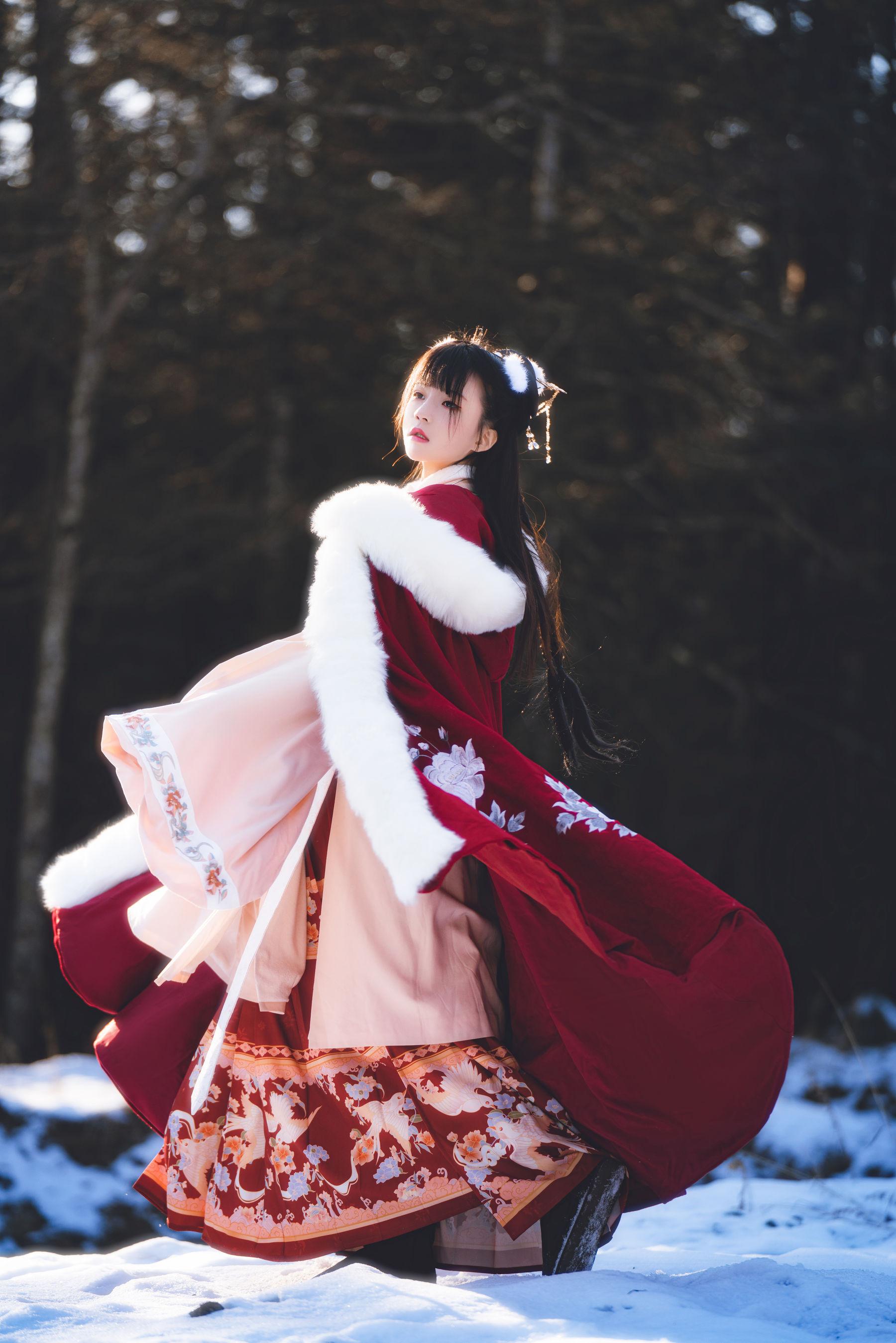 VOL.494 [网络美女]唯美古典:桜桃喵高品质写真套图(30P)