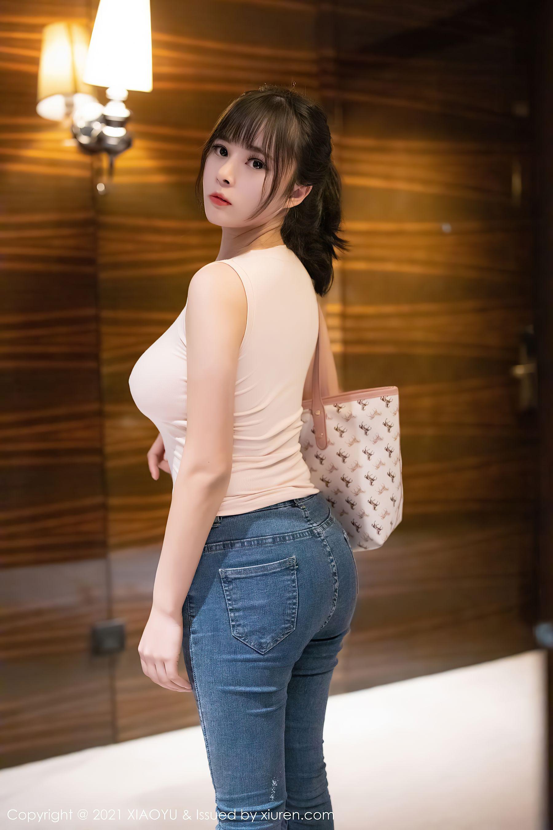 VOL.822 [语画界]牛仔翘臀巨乳紧身裤:奈沐子超高清写真套图(70P)
