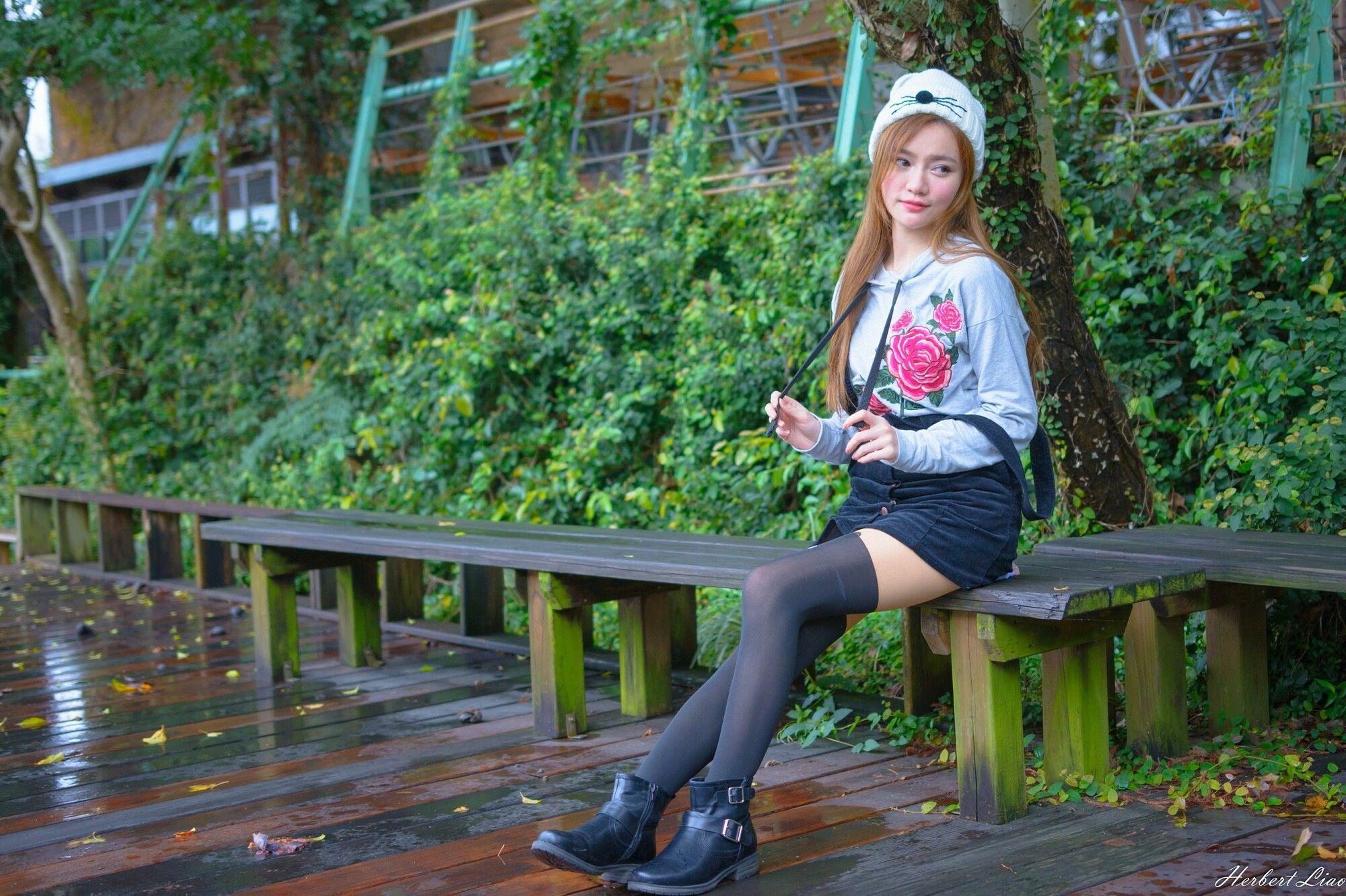 VOL.1749 [台湾正妹]长筒袜可爱清纯萌女:苏小立超高清个人性感漂亮大图(89P)