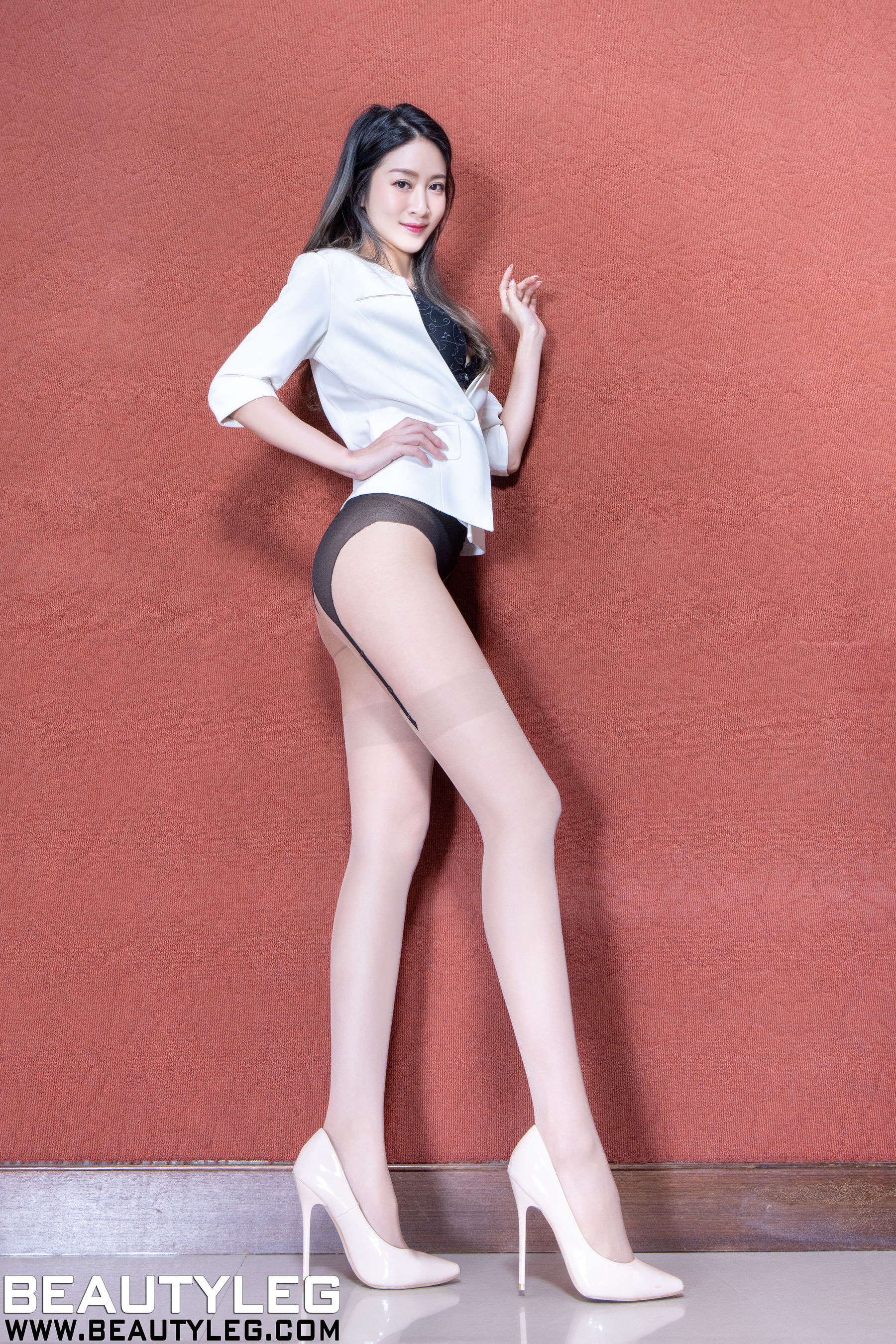 VOL.474 [Beautyleg]肉丝美腿:康凯乐(腿模Kaylar)超高清个人性感漂亮大图(25P)