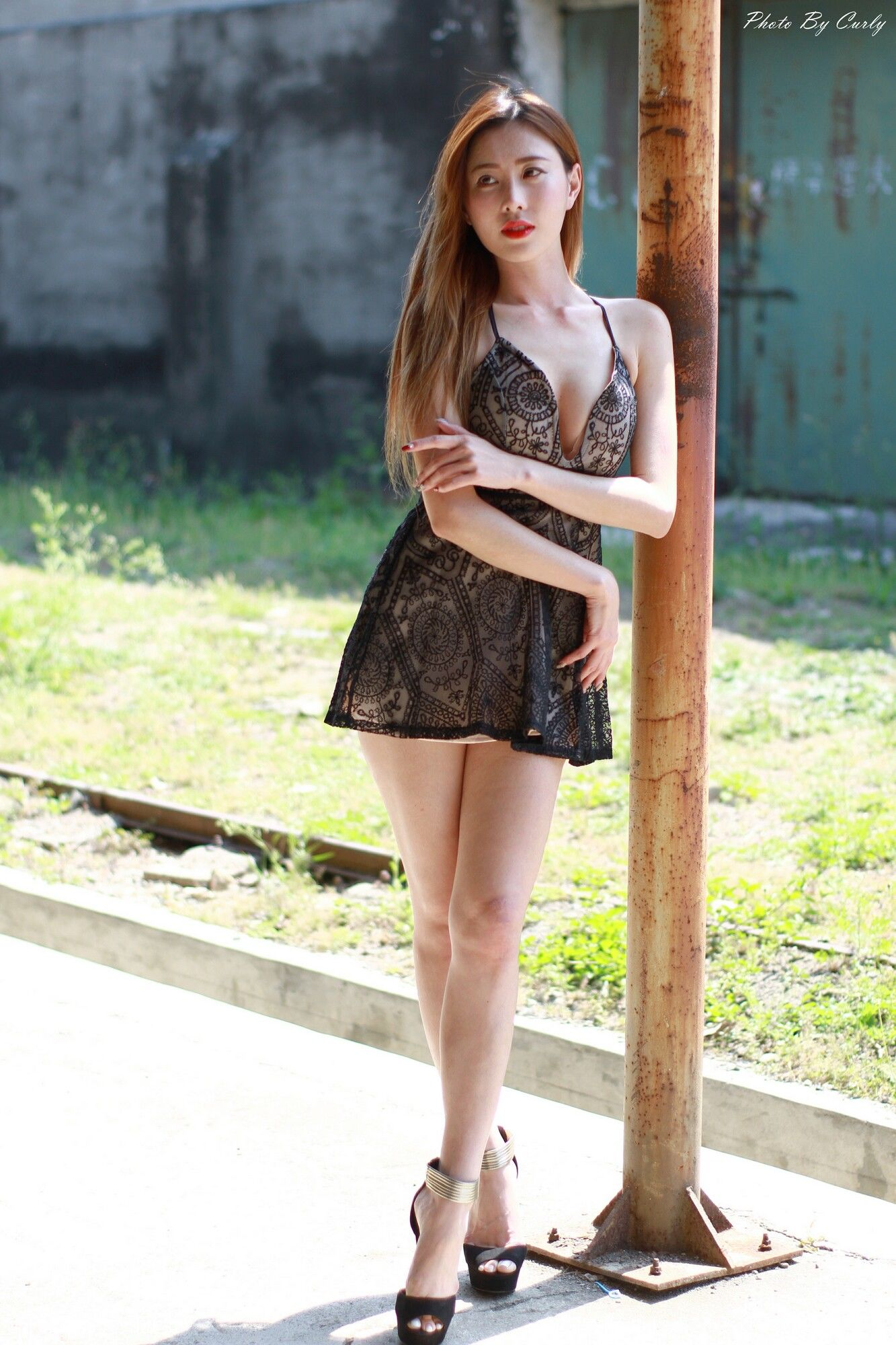 VOL.1700 [台湾正妹]女神御姐长腿美女:黄艾比(腿模Abbie)超高清个人性感漂亮大图(76P)