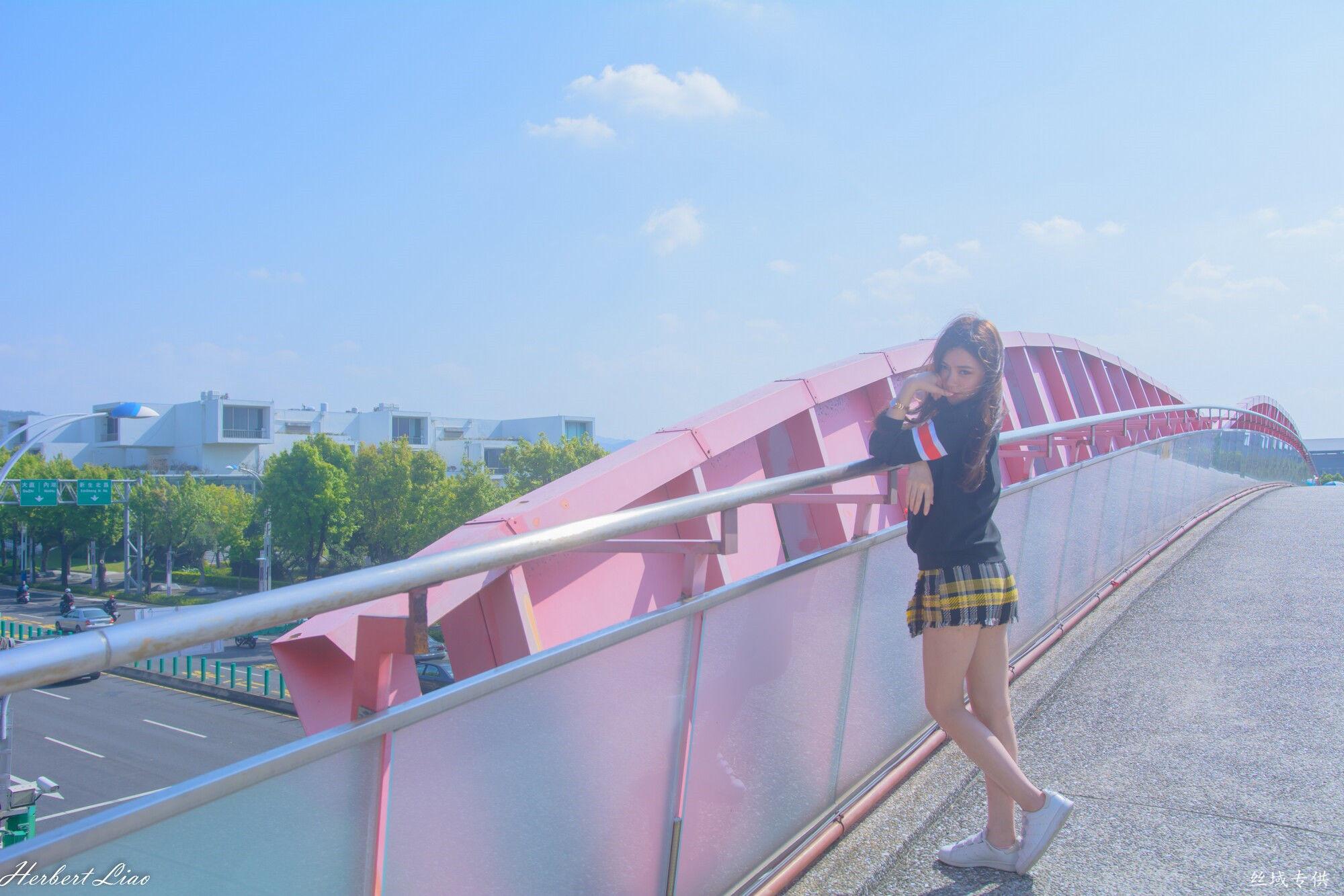 VOL.12 [台湾正妹]校服清纯正妹萌女:苏小立超高清个人性感漂亮大图(86P)