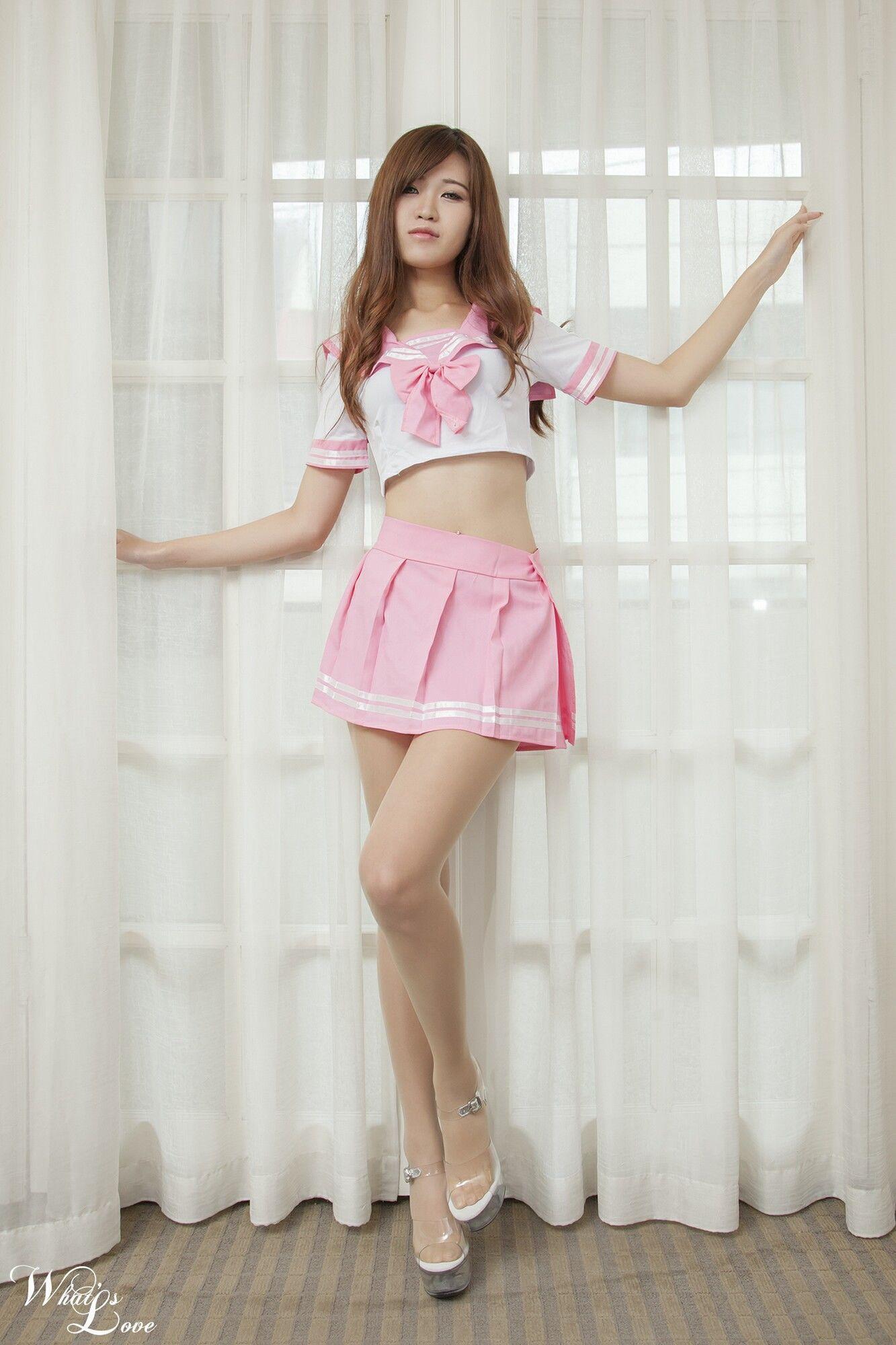 VOL.1035 [台湾正妹]高跟长腿美女:纪允夏超高清个人性感漂亮大图(23P)