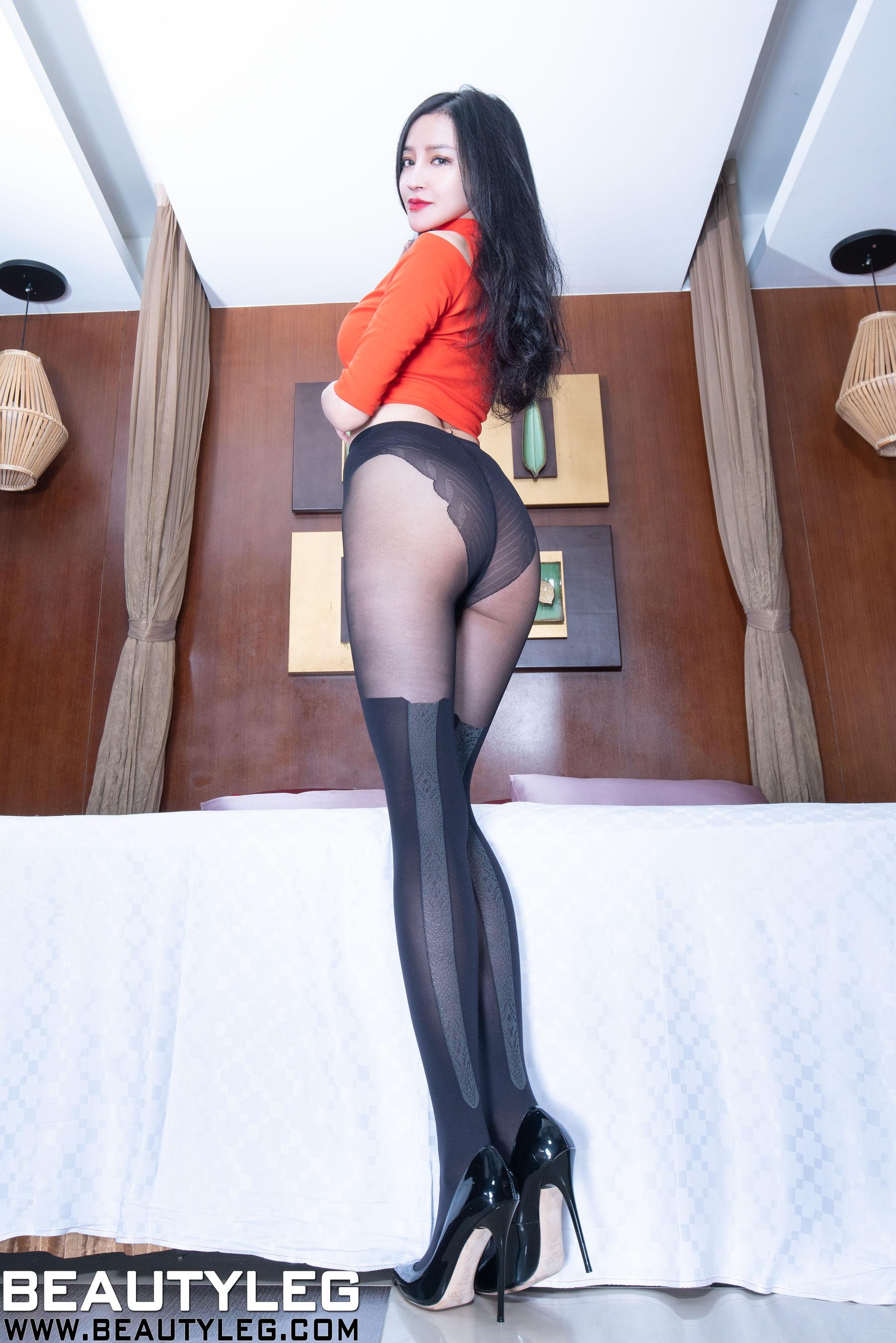VOL.730 [Beautyleg]丝袜美腿高跟:詹艾葳(腿模Avril,腿模Arvil)超高清个人性感漂亮大图(55P)