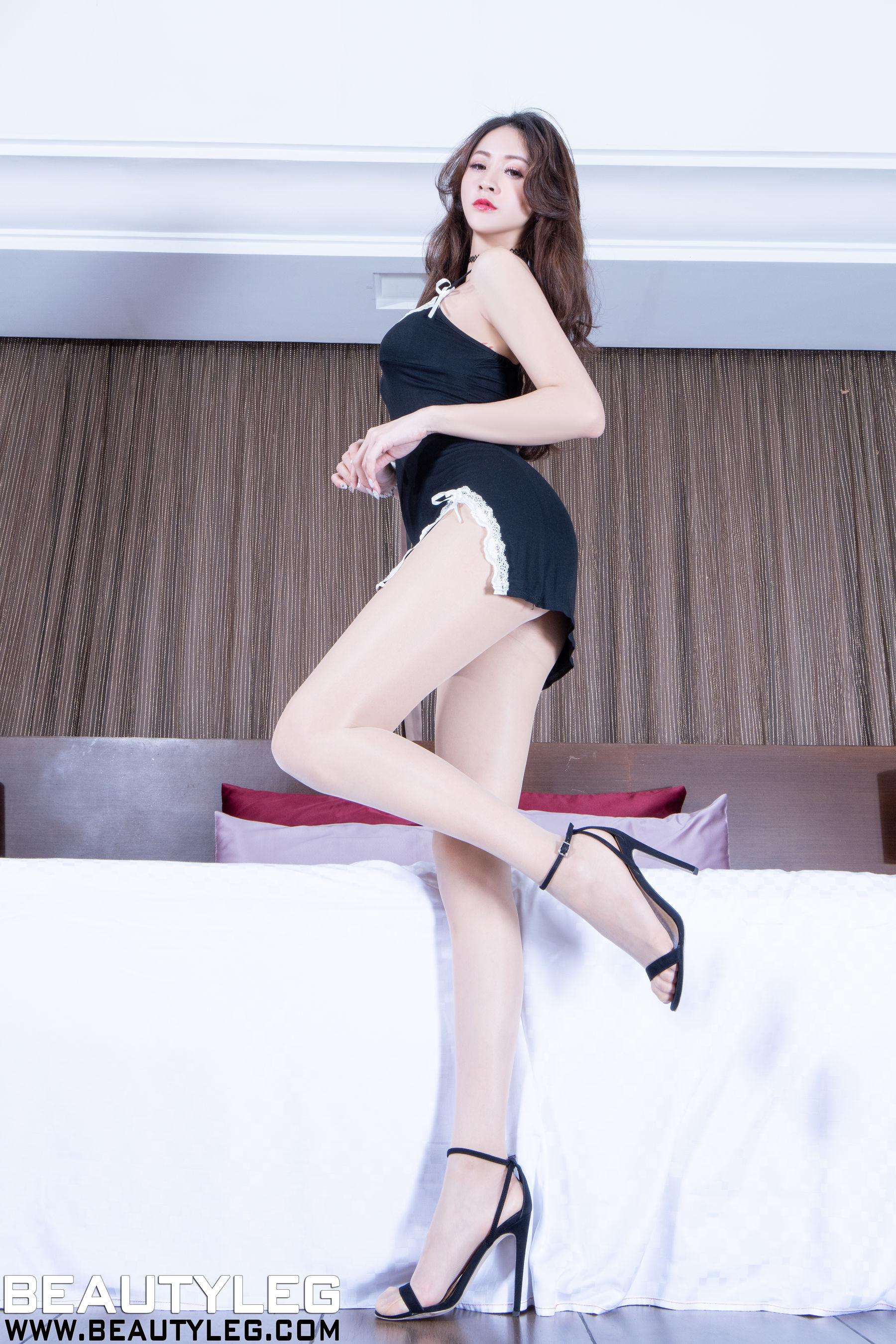 VOL.143 [Beautyleg]轻熟女肉丝美腿:Lola雪岑(腿模Lola)超高清个人性感漂亮大图(48P)