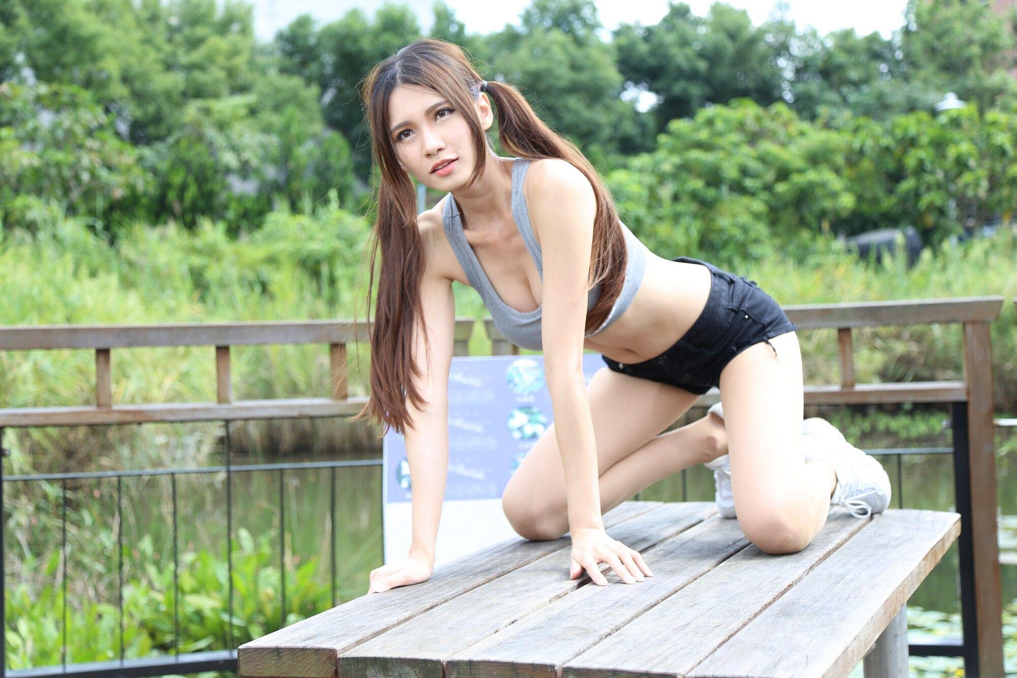VOL.917 [台湾正妹]热裤运动装清新:蔡译心(Candice)超高清个人性感漂亮大图(98P)