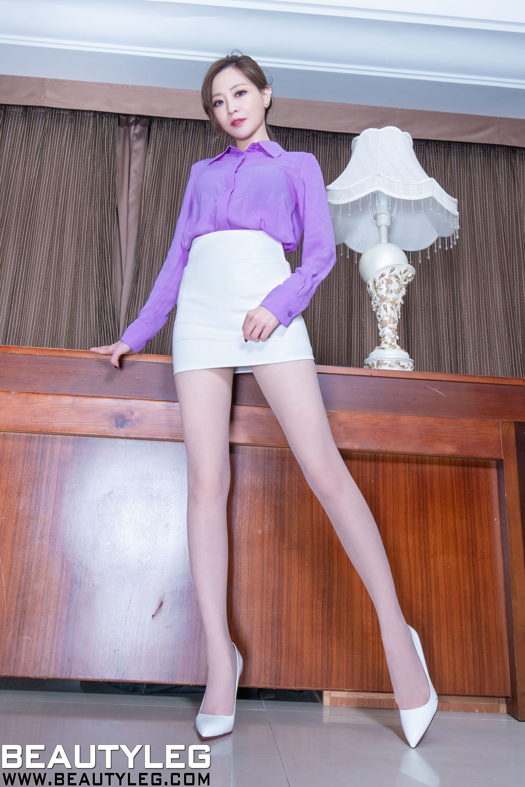 VOL.1921 [Beautyleg]制服美腿肉丝袜:倪千凌(腿模Lucy,陈佳筠)超高清个人性感漂亮大图(60P)