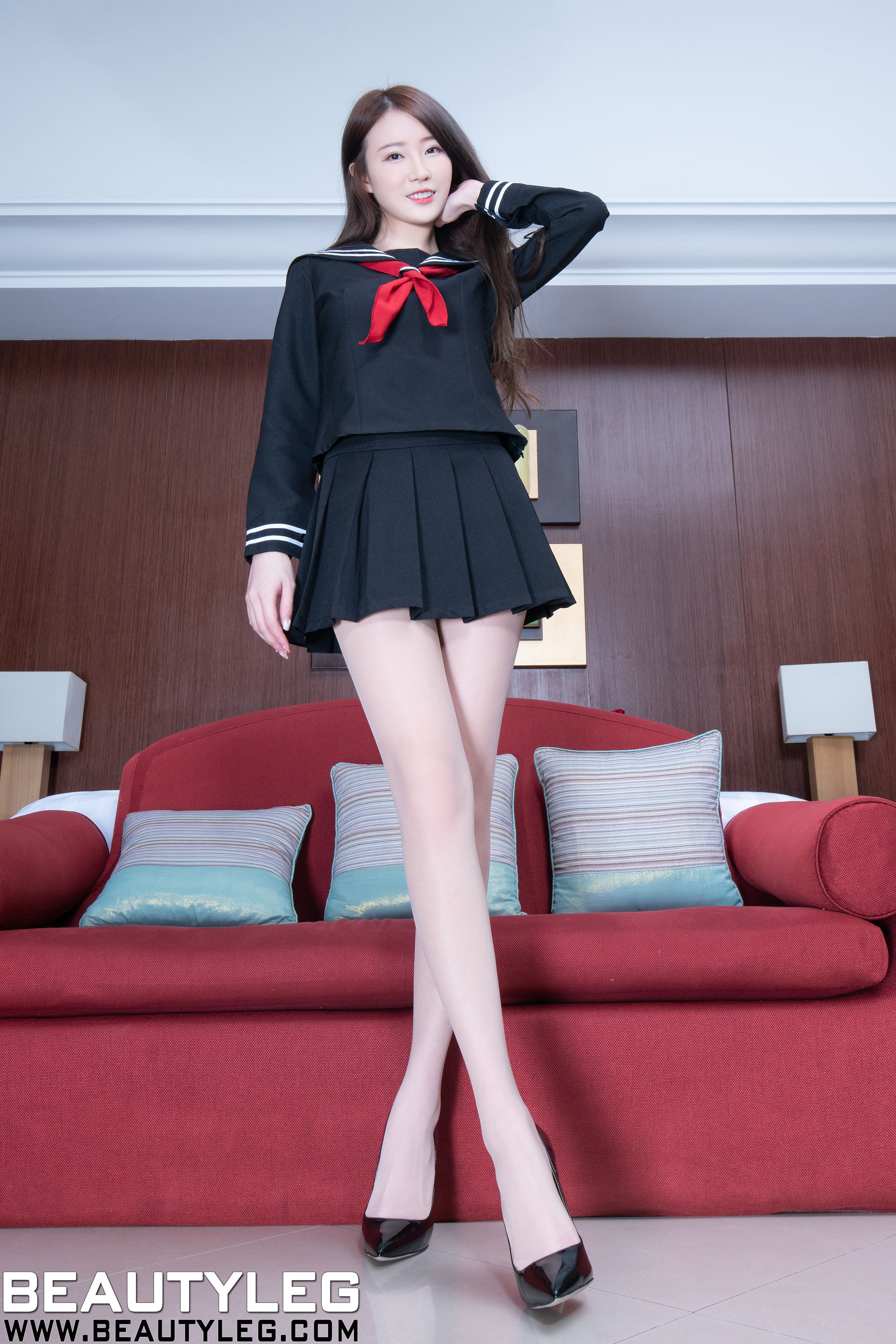 VOL.1407 [Beautyleg]超短裙制服美腿:杨思原(腿模Lia,Lia杨思原)超高清个人性感漂亮大图(43P)