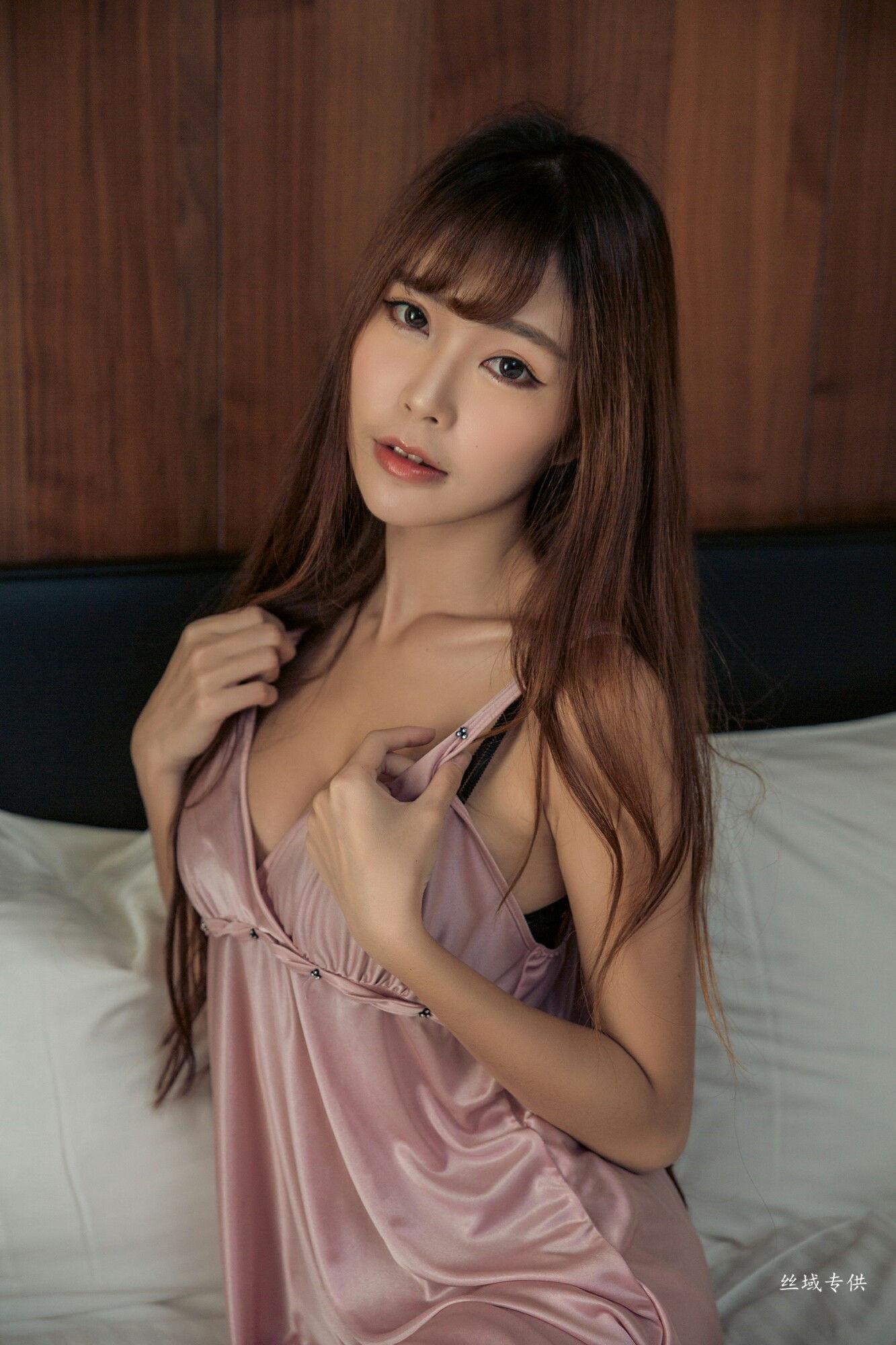 VOL.1074 [台湾正妹]睡衣妹子少妇:黄上晏(黄上晏Rubis)超高清个人性感漂亮大图(32P)