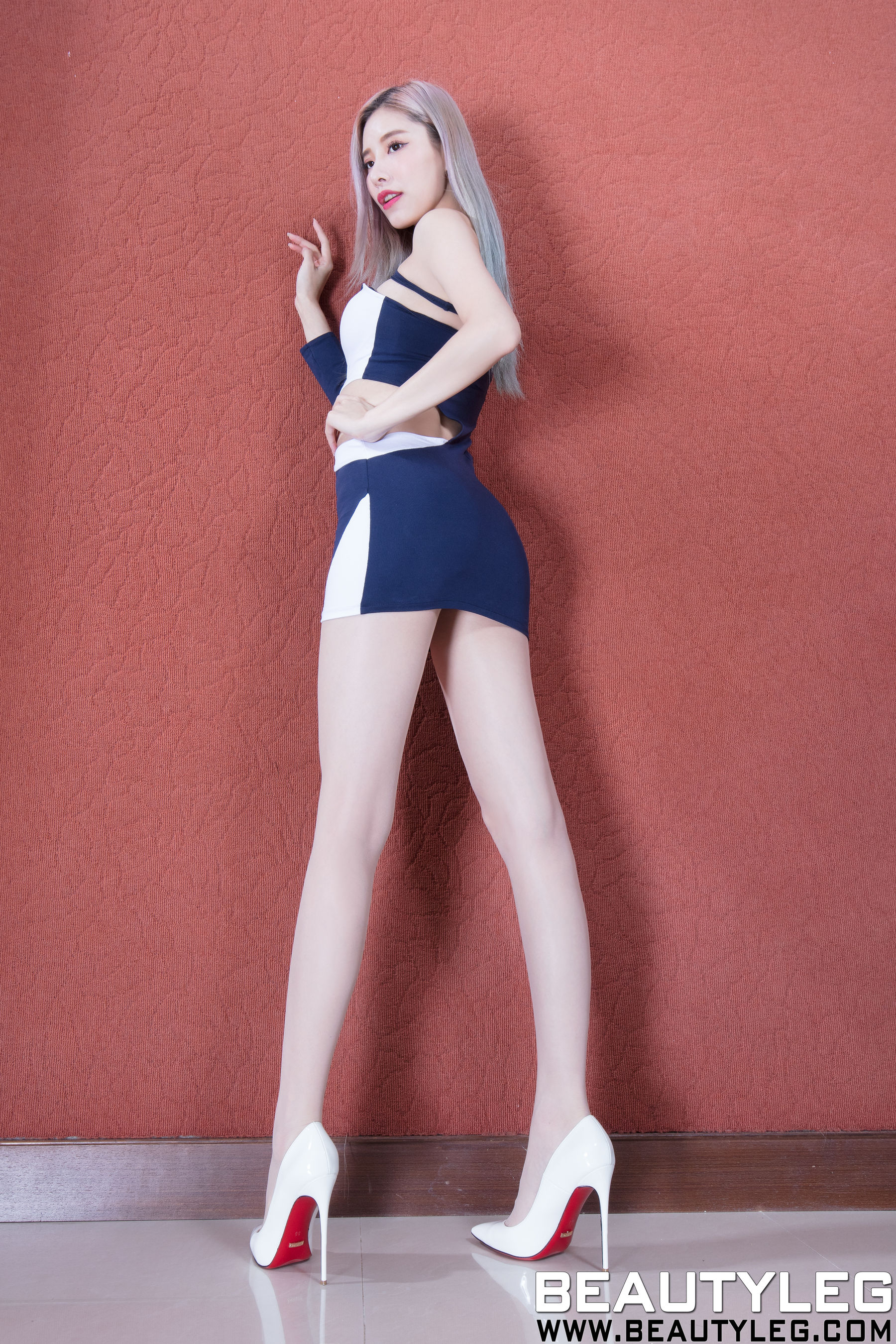 VOL.1744 [Beautyleg]丝袜美腿包臀裙美女长腿美女:陈玉雪(腿模Abby)超高清个人性感漂亮大图(43P)