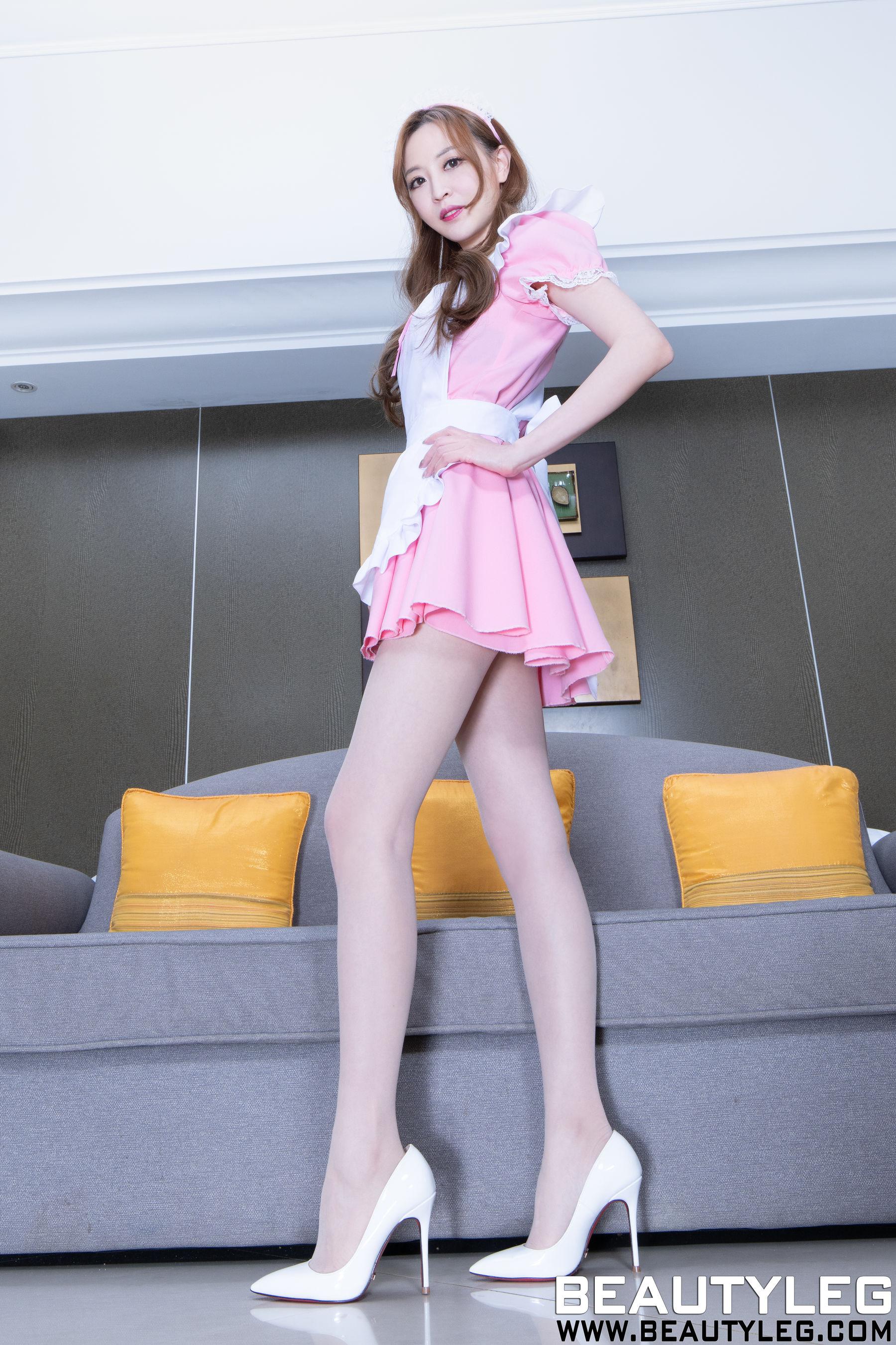 VOL.1652 [Beautyleg]丝袜制服:倪千凌(腿模Lucy,陈佳筠)超高清个人性感漂亮大图(67P)