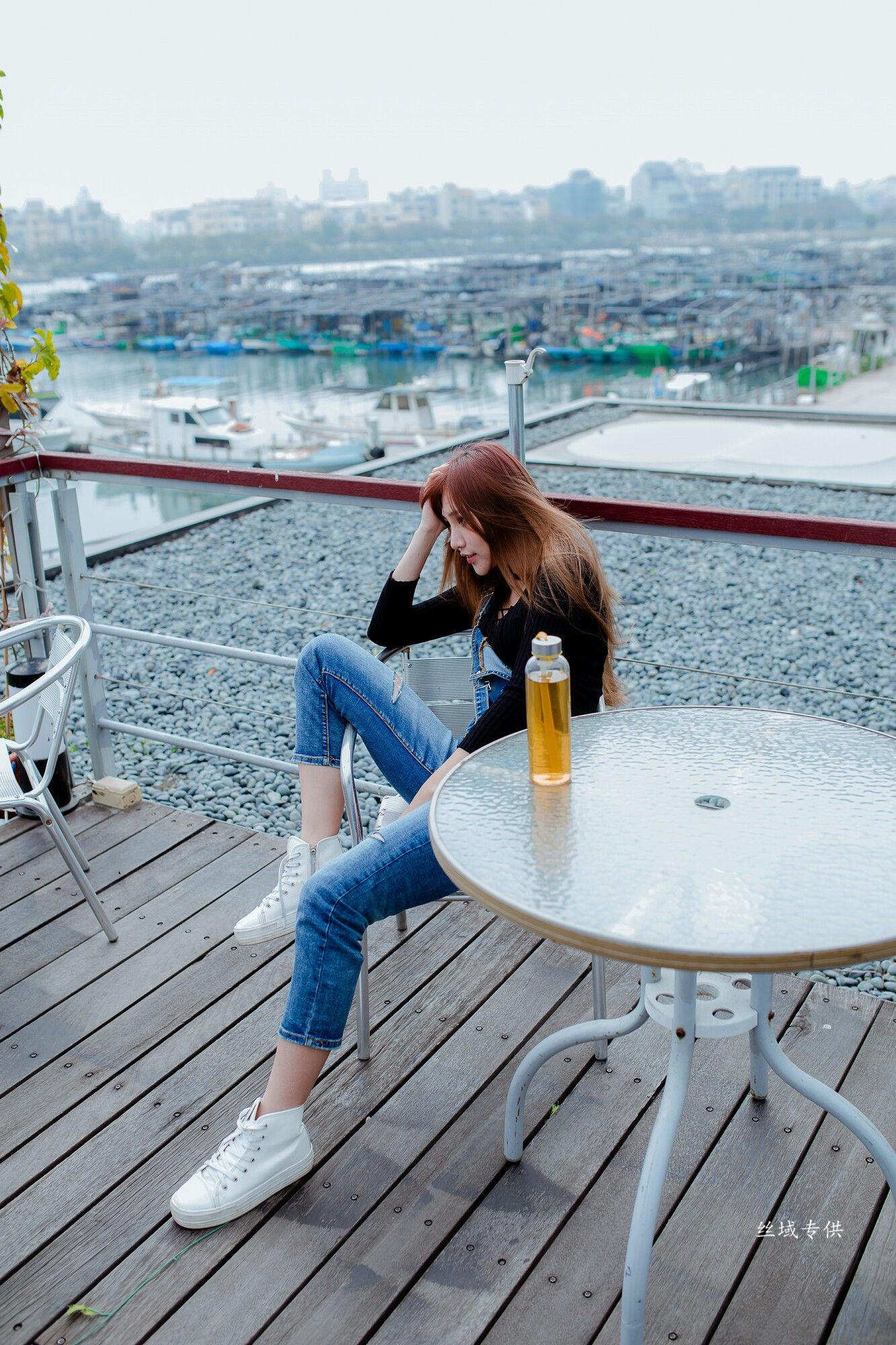 VOL.1518 [台湾正妹]牛仔紧身裤:比比儿(Katie Chiu)超高清个人性感漂亮大图(45P)