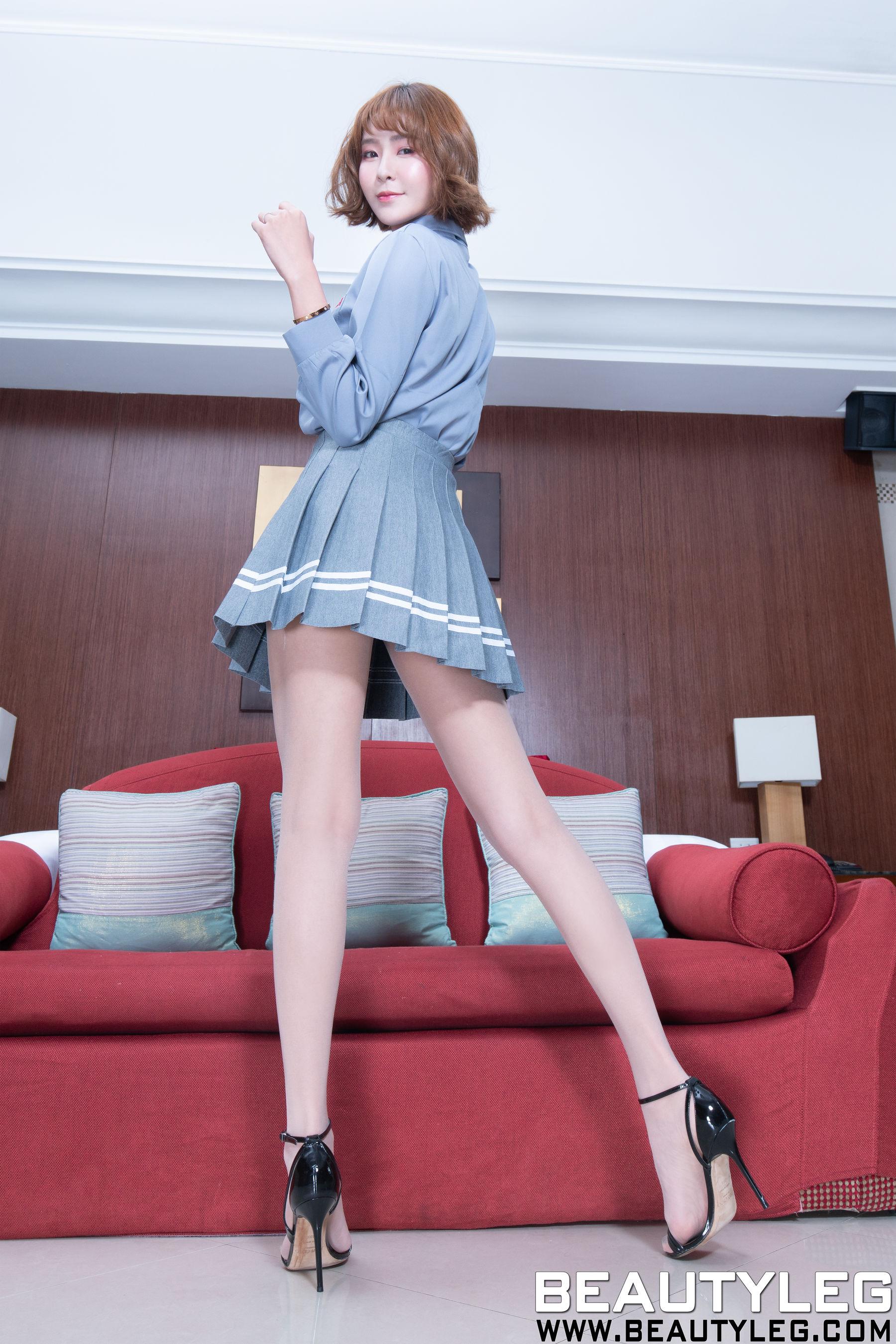 VOL.843 [Beautyleg]美腿肉丝袜:Winnie小雪(庄咏惠,庄温妮,腿模Winnie)超高清个人性感漂亮大图(48P)