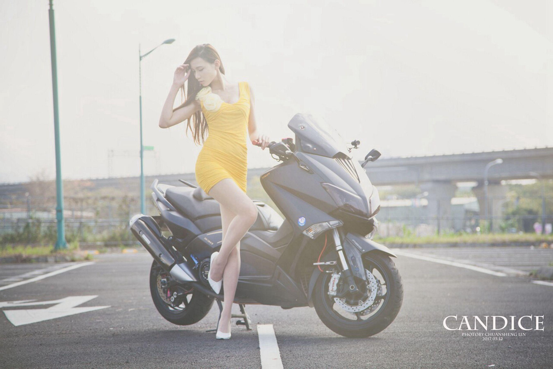 VOL.425 [台湾正妹]车模长腿美女长靴美女香车美女:蔡译心(Candice)超高清个人性感漂亮大图(75P)