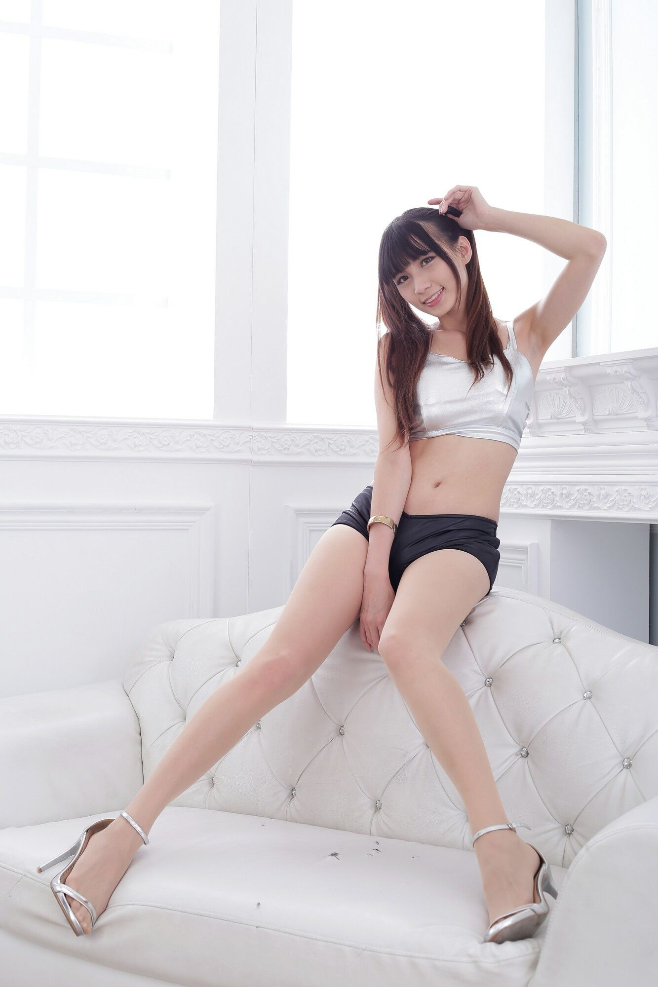 VOL.1601 [台湾正妹]热裤长腿美女双马尾:蔡译心(Candice)超高清个人性感漂亮大图(43P)