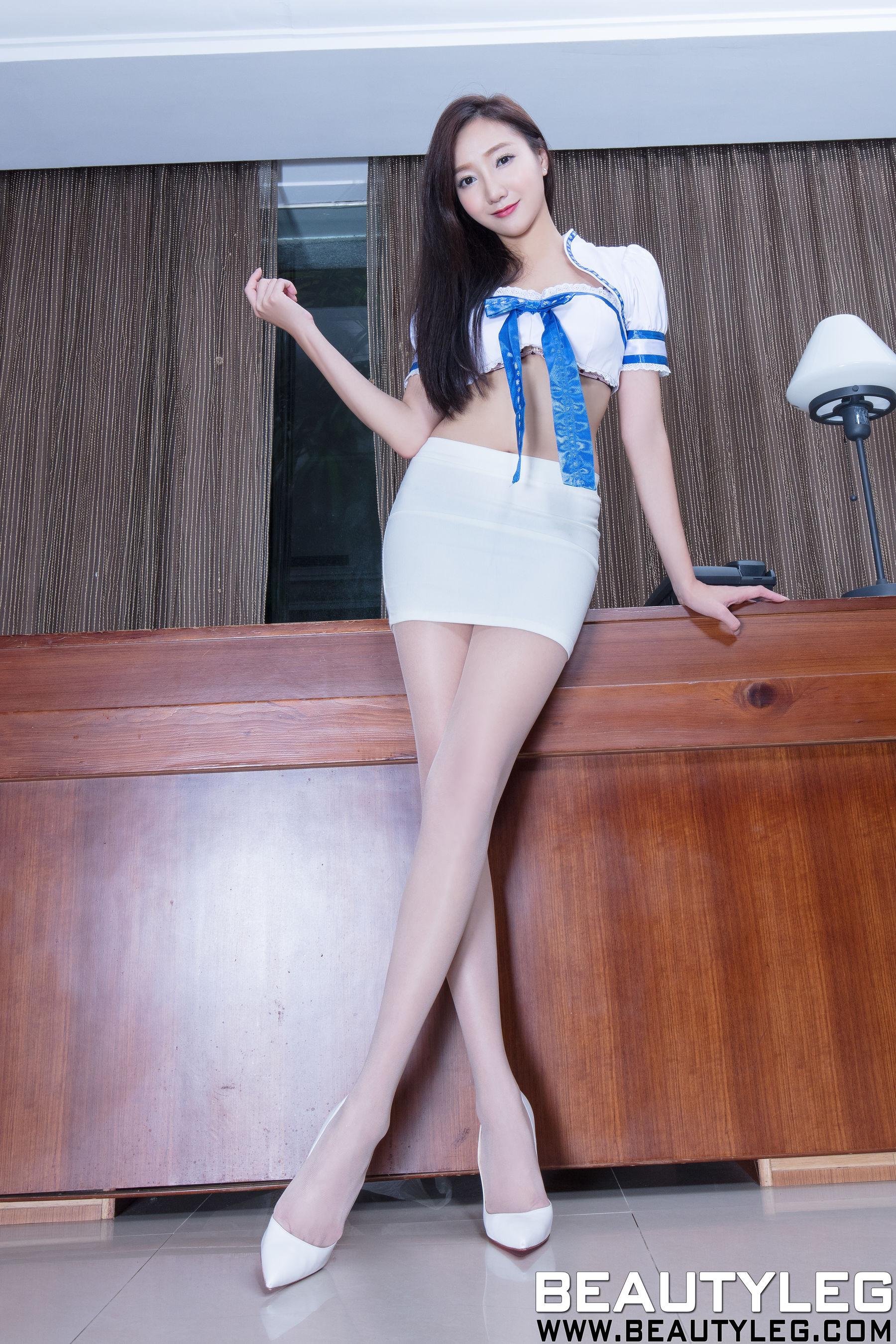 VOL.888 [Beautyleg]美腿包臀裙美女:陈思婷(腿模Tina,李霜)超高清个人性感漂亮大图(59P)