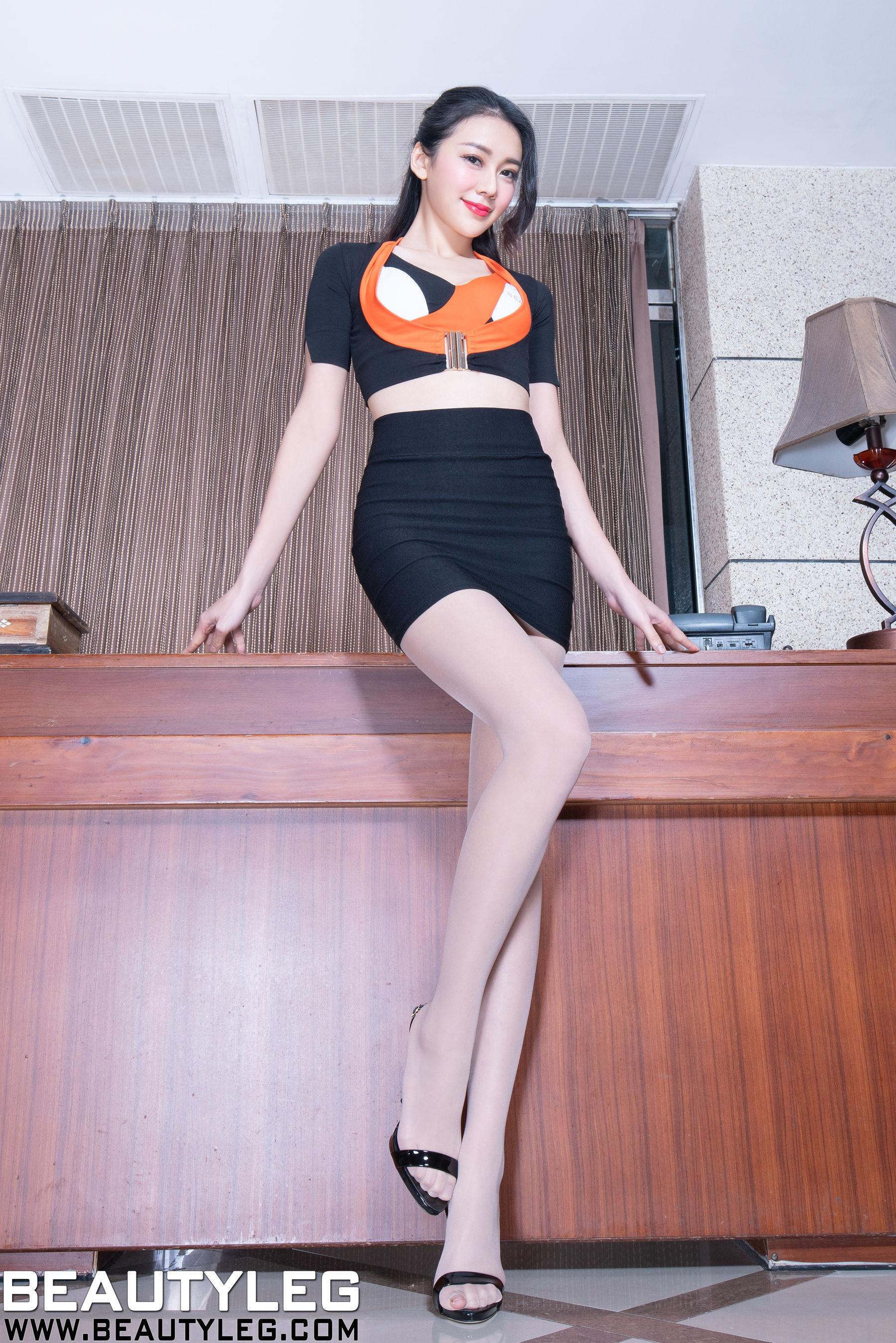 VOL.496 [Beautyleg]美腿长腿美女丝袜制服:钱洪琳(腿模Jennifer)超高清个人性感漂亮大图(53P)