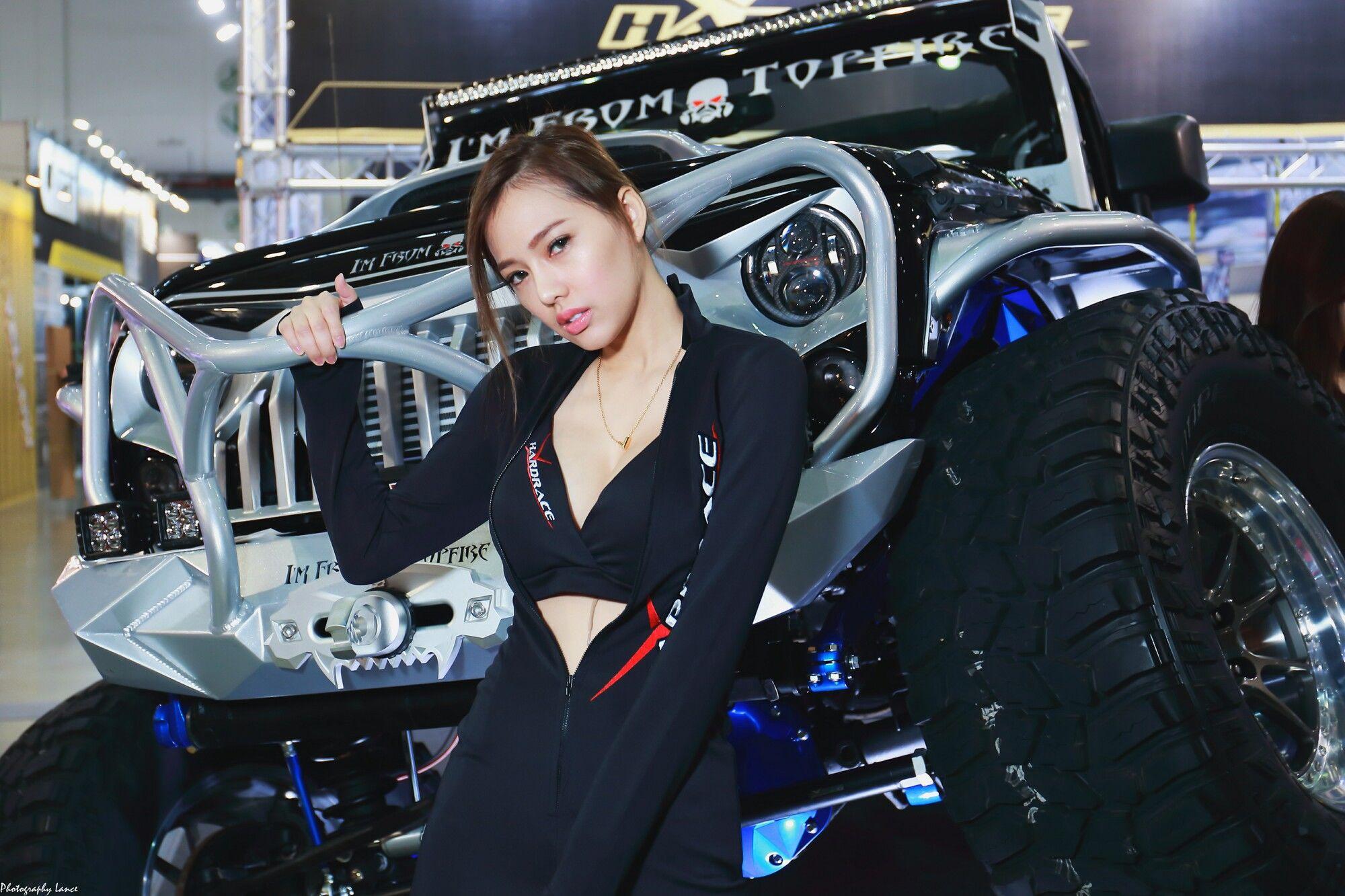 VOL.123 [台湾正妹]Show Girl车模:展台美女超高清个人性感漂亮大图(151P)