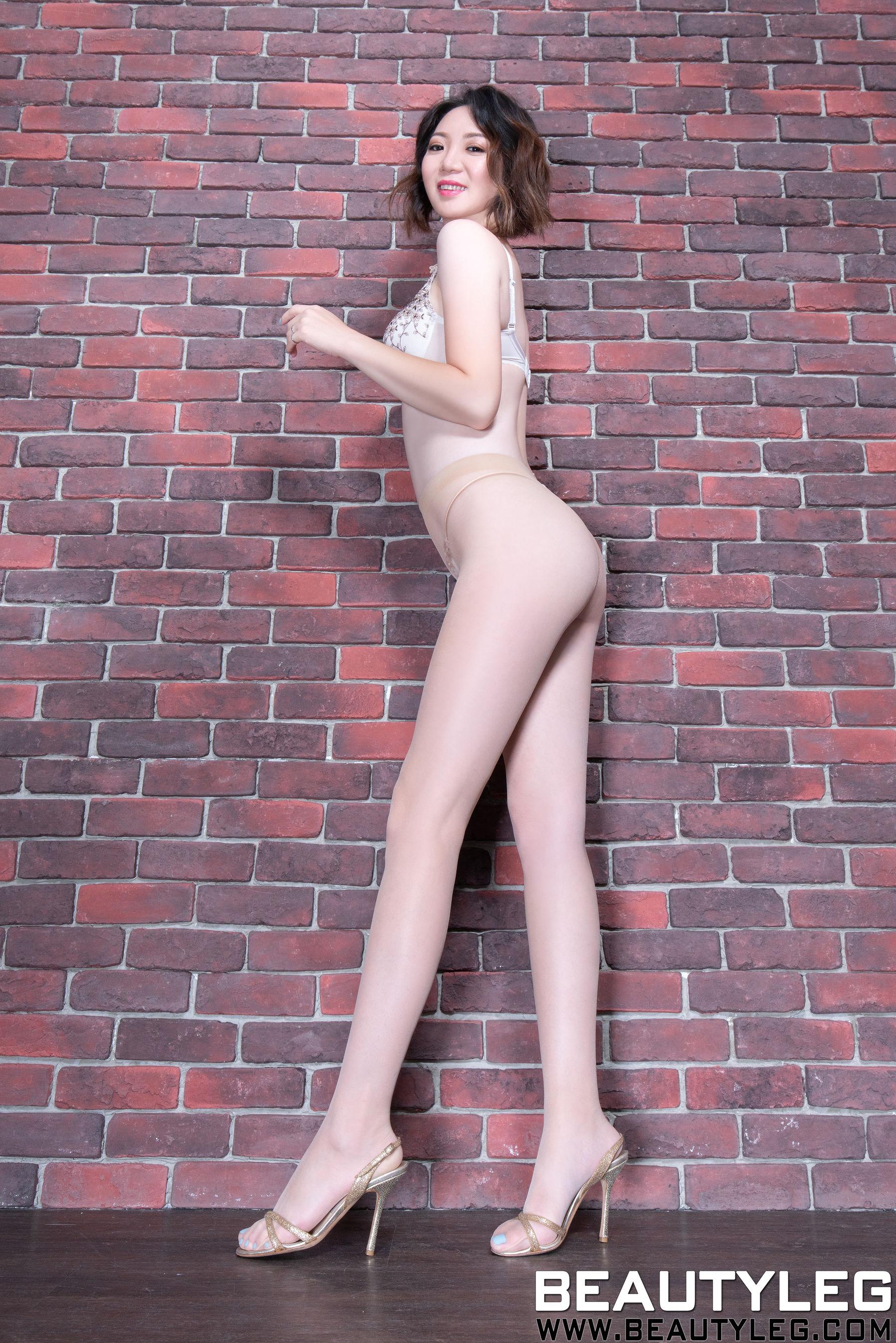 VOL.48 [Beautyleg]丝袜美腿内衣美女长腿美女:腿模Clear(Beautyleg Clear)超高清个人性感漂亮大图(66P)